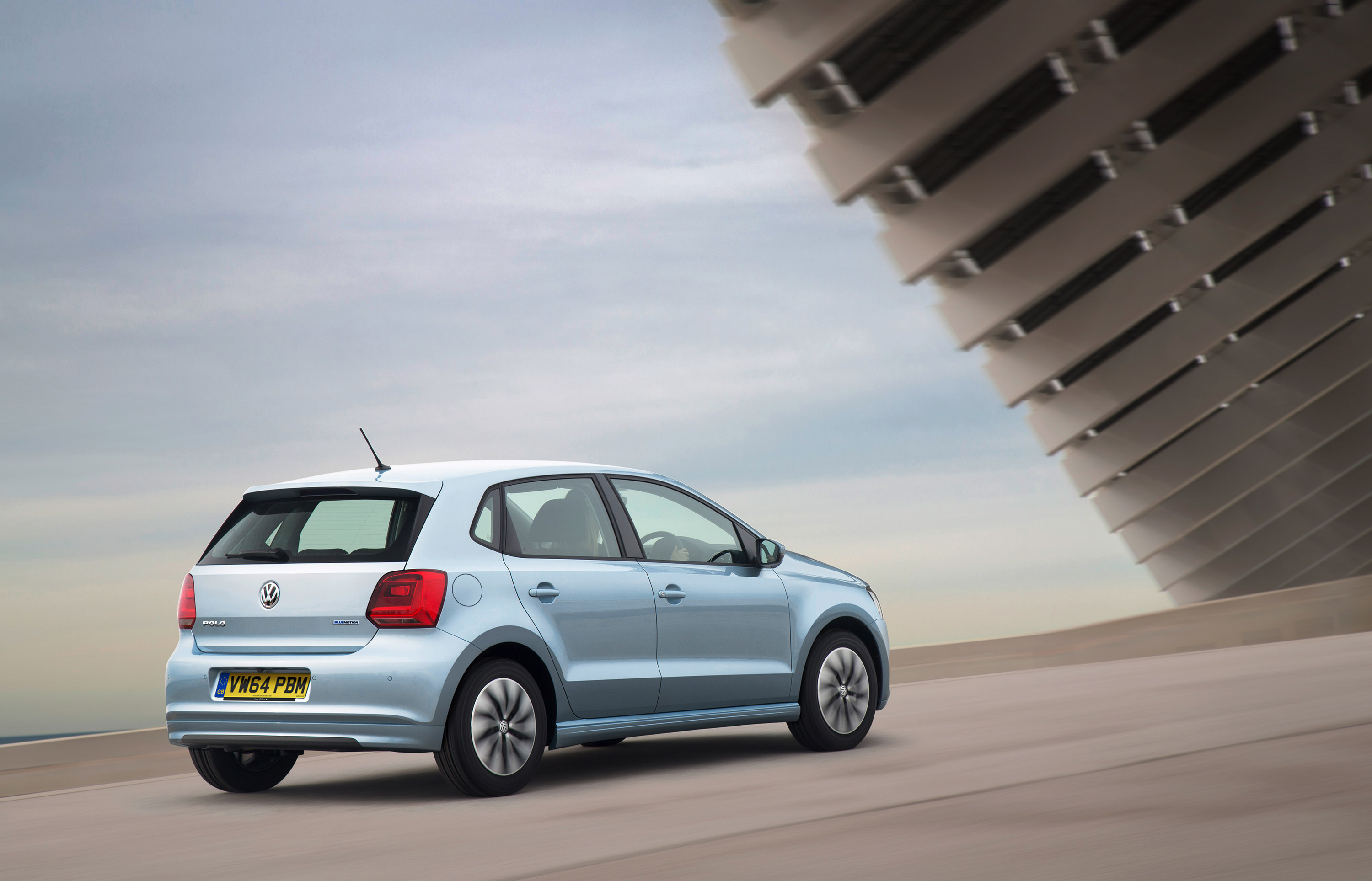 volkswagen polo bluemotion goes on sale. Black Bedroom Furniture Sets. Home Design Ideas