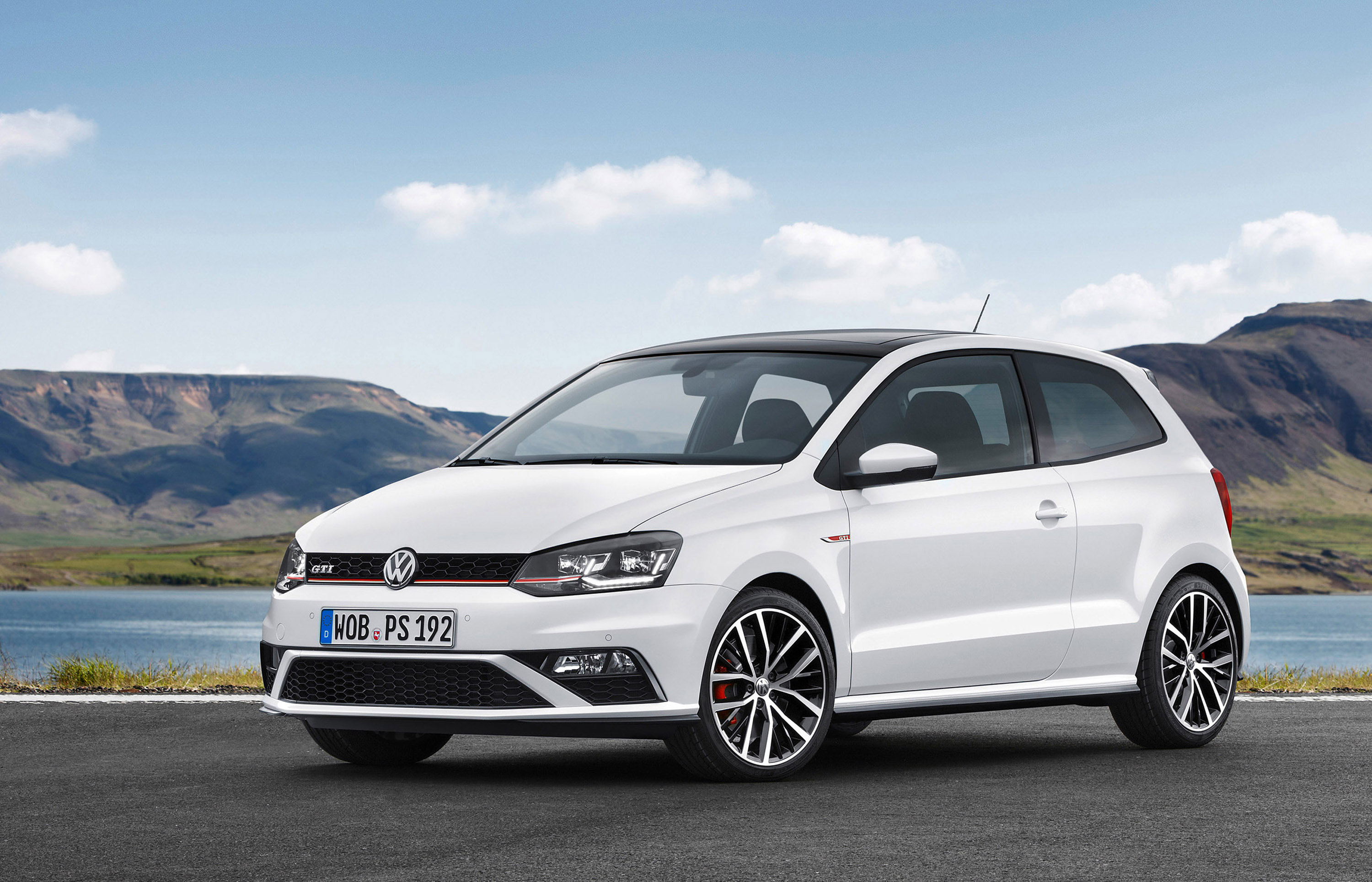 2015 volkswagen polo gti facelift is almost as good as the polo r wrc. Black Bedroom Furniture Sets. Home Design Ideas