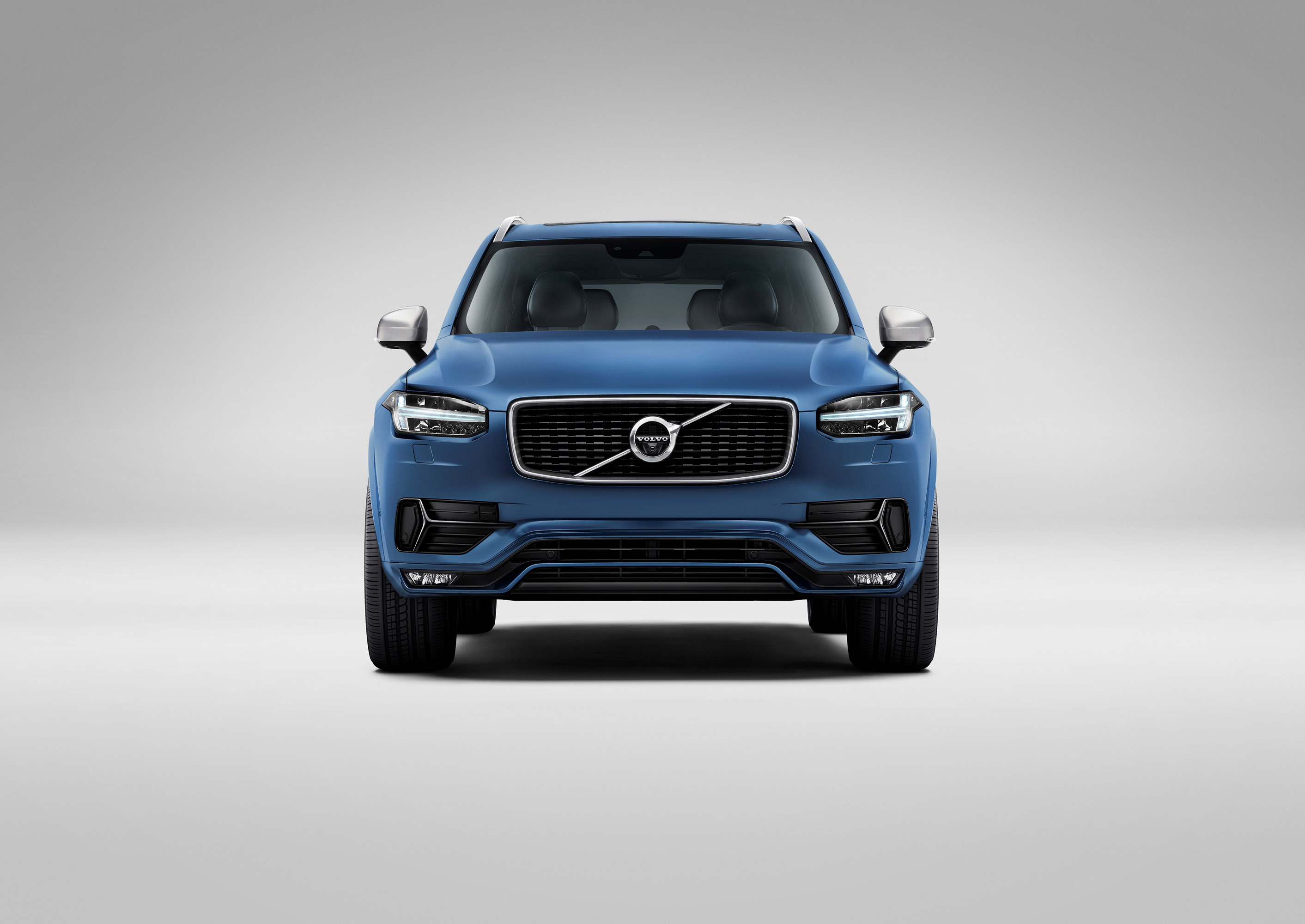 2015 volvo xc90 r design innovative and sporty. Black Bedroom Furniture Sets. Home Design Ideas