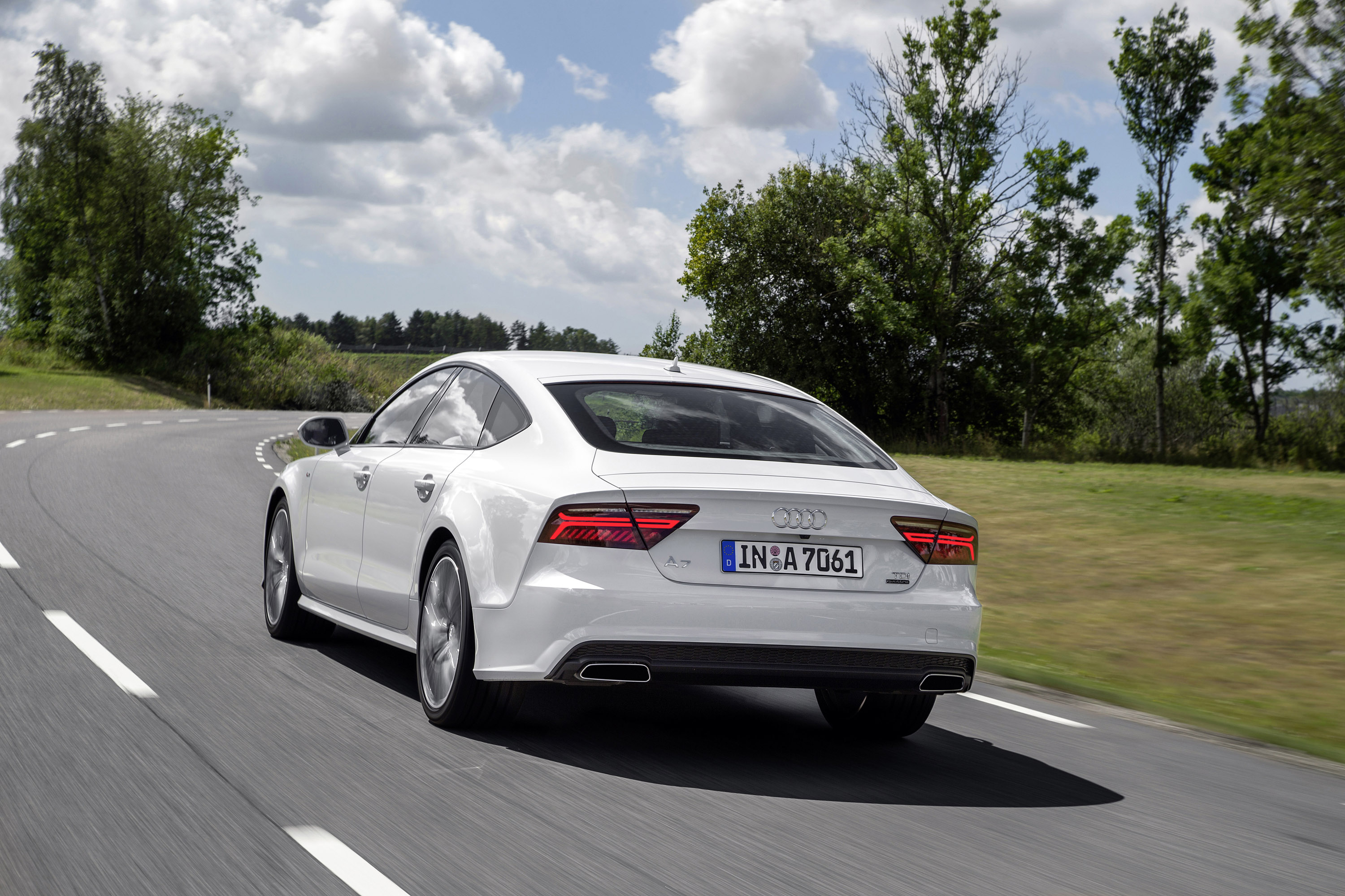 2016 audi a7 white. 2016 audi a7 and s7european versions white e