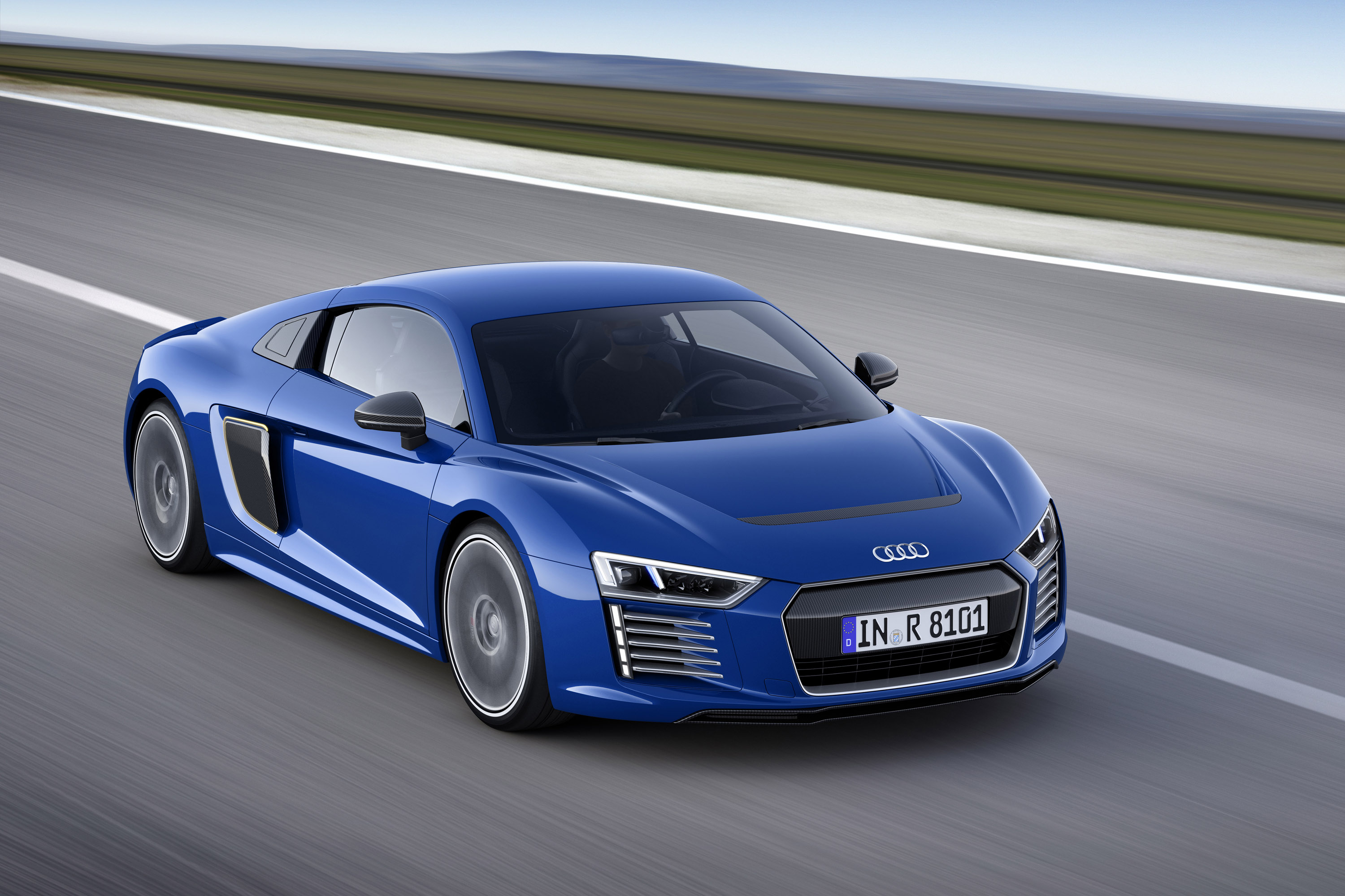 audi r8 family gets updated with innovative technologies. Black Bedroom Furniture Sets. Home Design Ideas