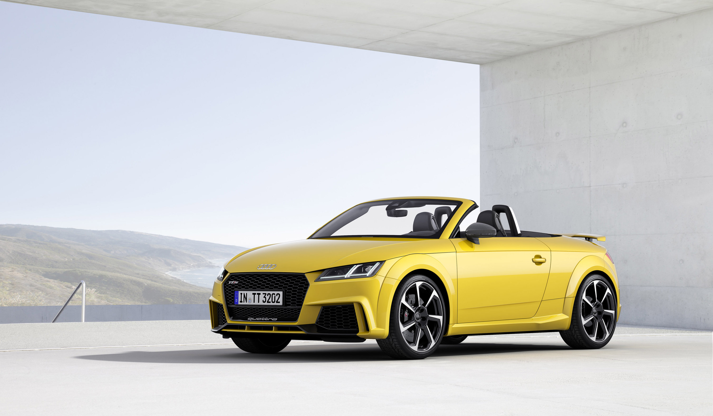 audi unveils 2016 tt rs roadster. Black Bedroom Furniture Sets. Home Design Ideas