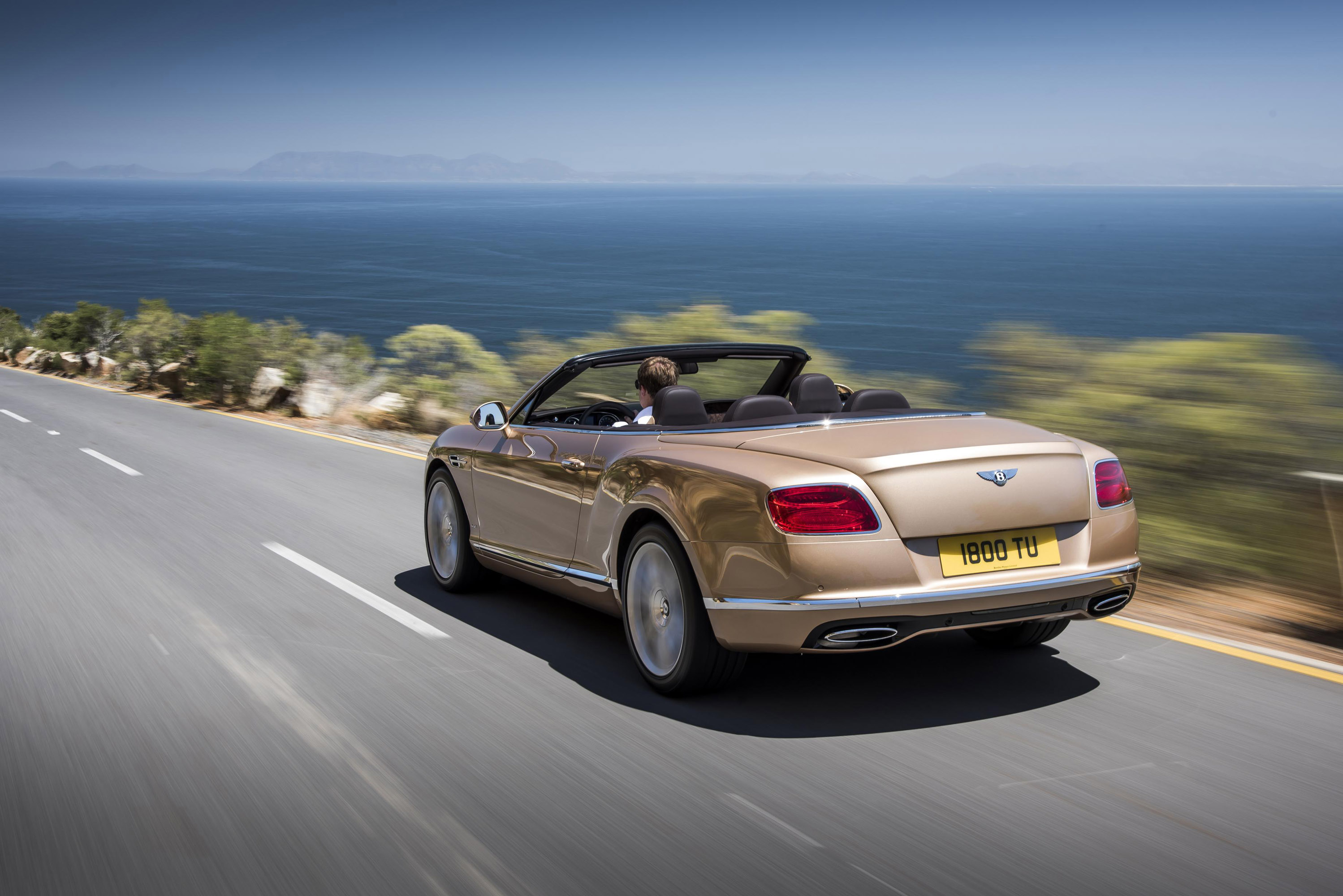 Bentley continental gt family gets styling and performance upgrades 2016 bentley continental gt convertible vanachro Gallery