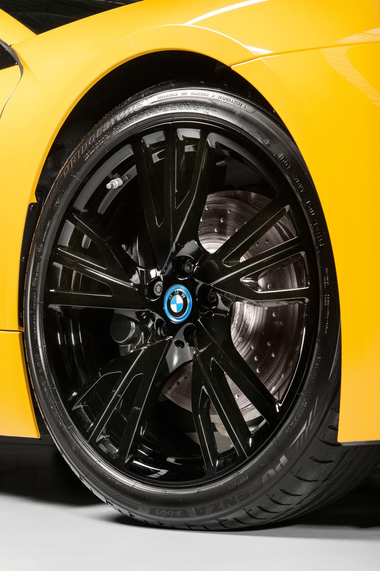I8 Exterior: BMW Individual Releases I8 Exterior Paint Programme
