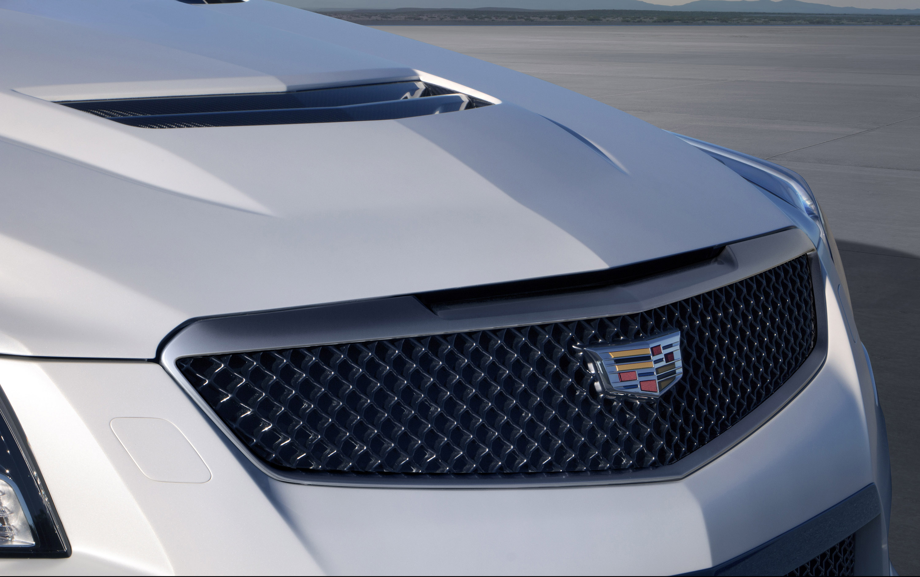 Cadillac Introduces Crystal White Frost Edition For Its V Series