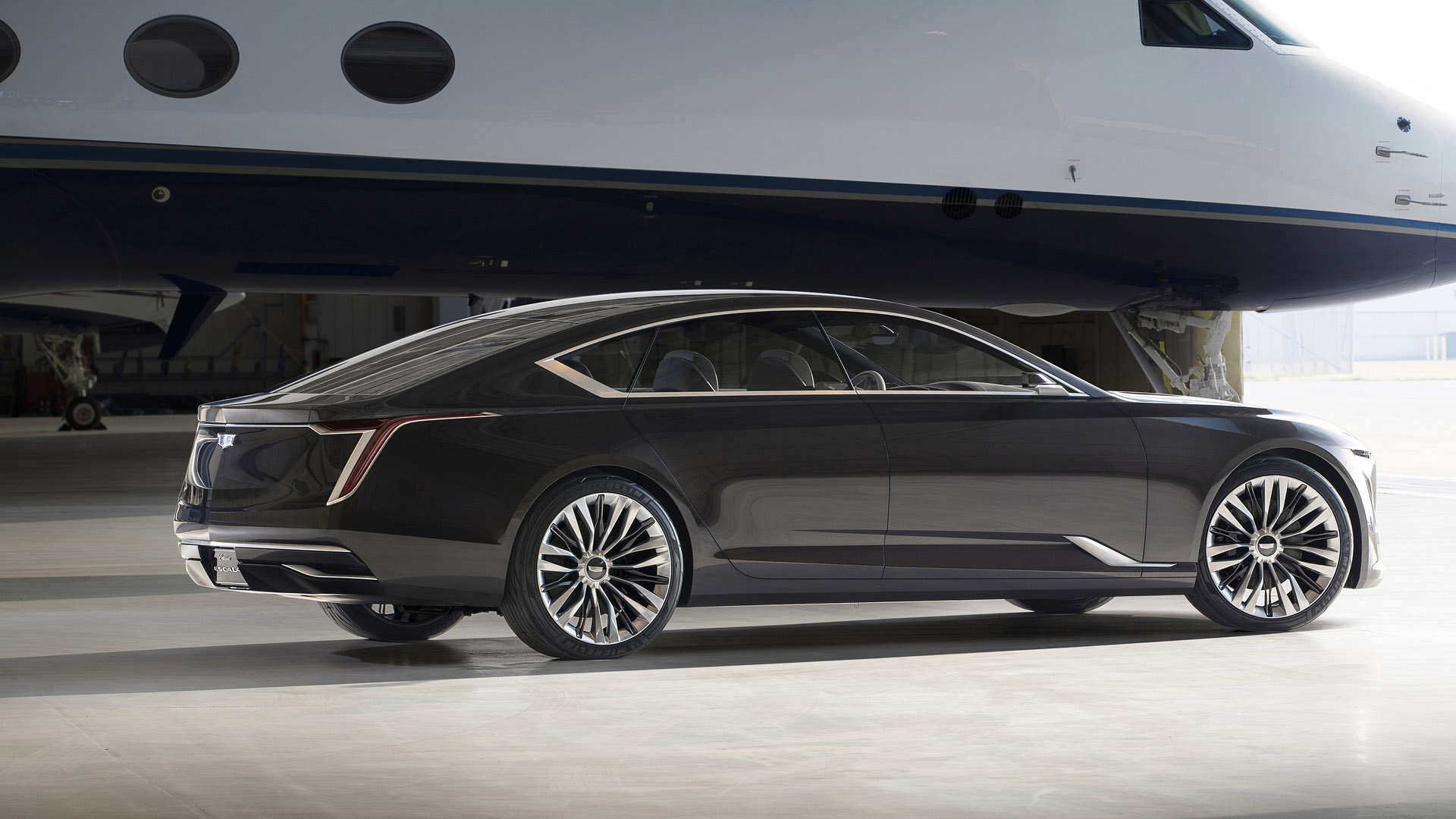Pebble Beach Car Show >> Cadillac introduces Escala Concept