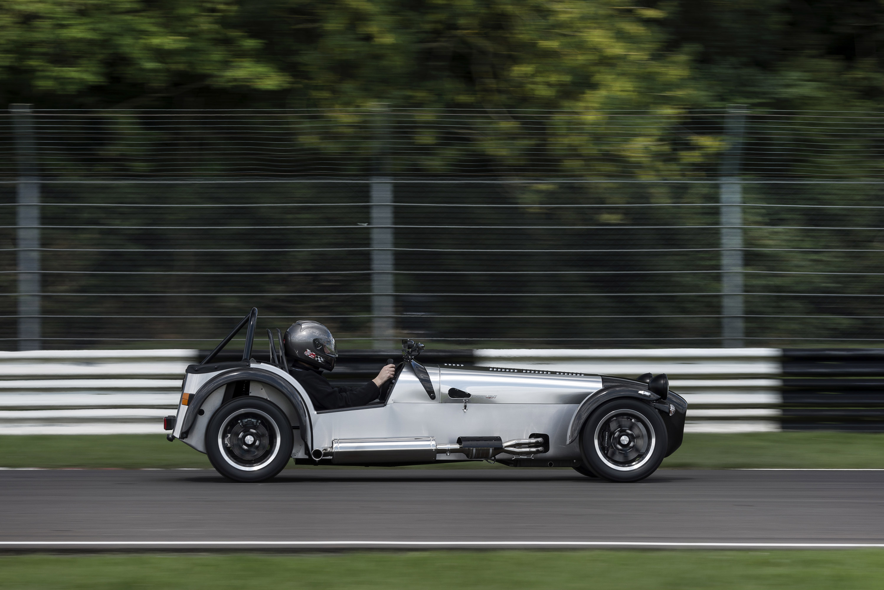 Caterham Superlight Limited comes to celebrate the 20th ...