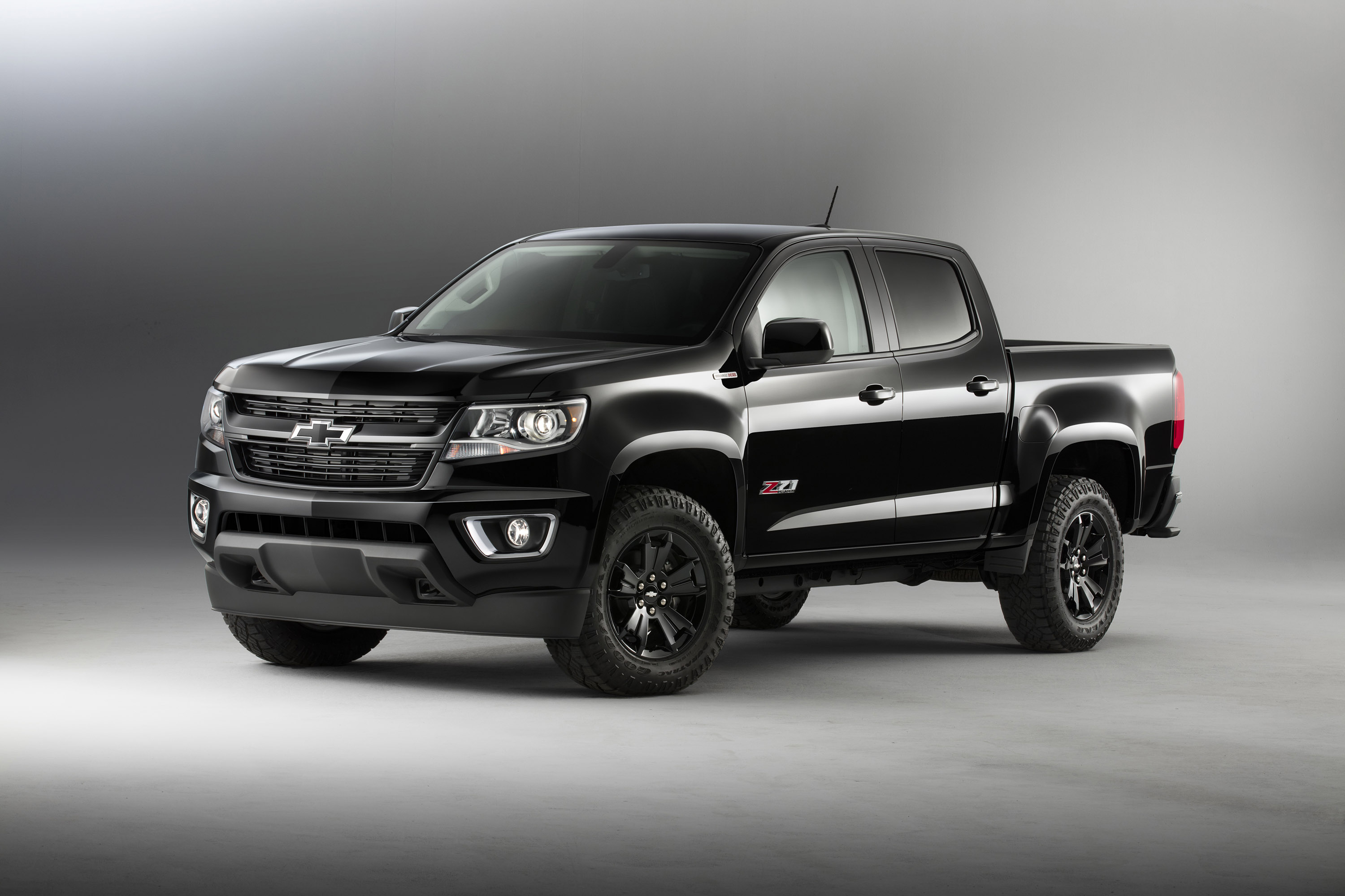 chevrolet reveals silverado 1500 z71 and colorado z71 midnight special editions. Black Bedroom Furniture Sets. Home Design Ideas