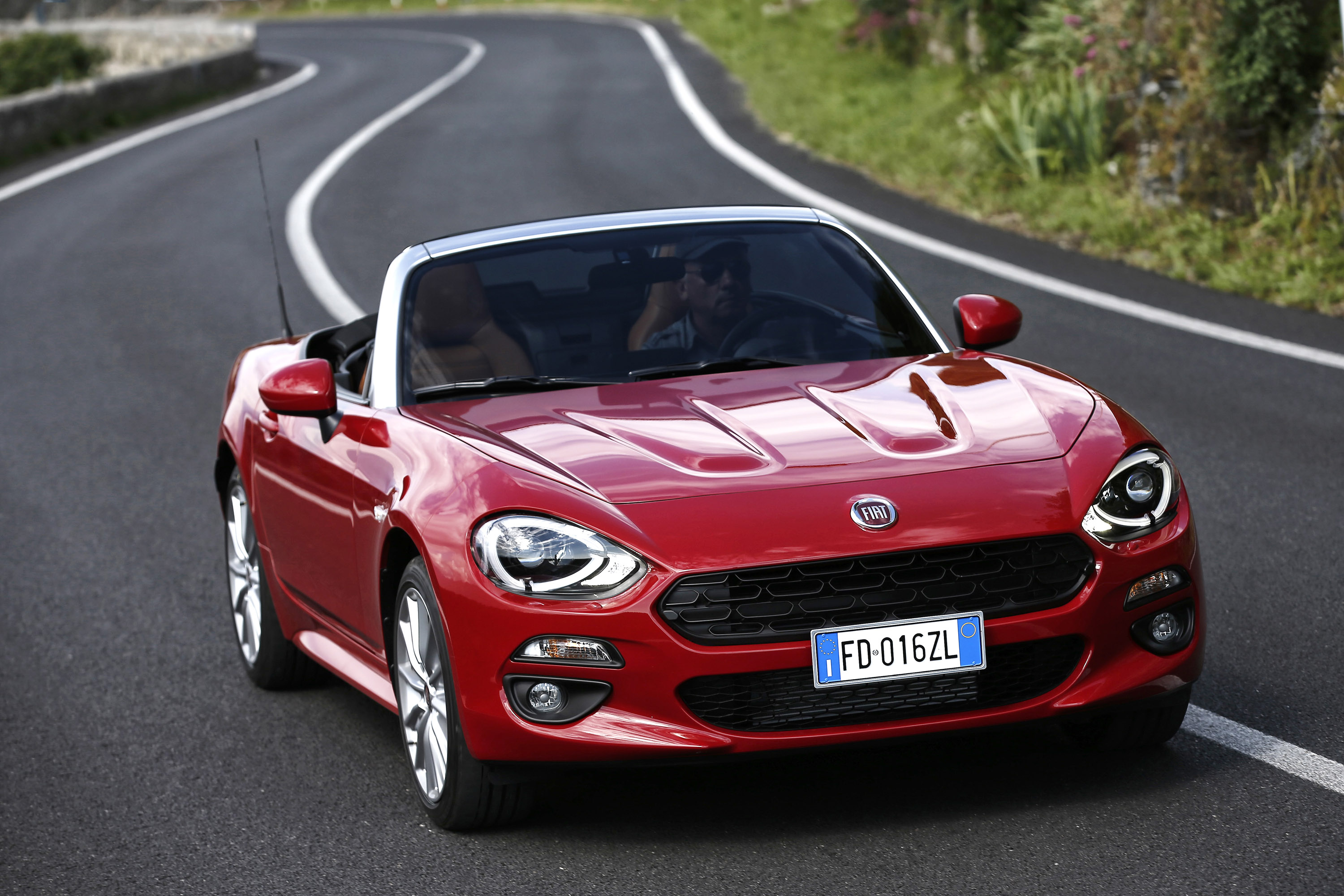 fiat sold out 124 spider anniversary edition. Black Bedroom Furniture Sets. Home Design Ideas