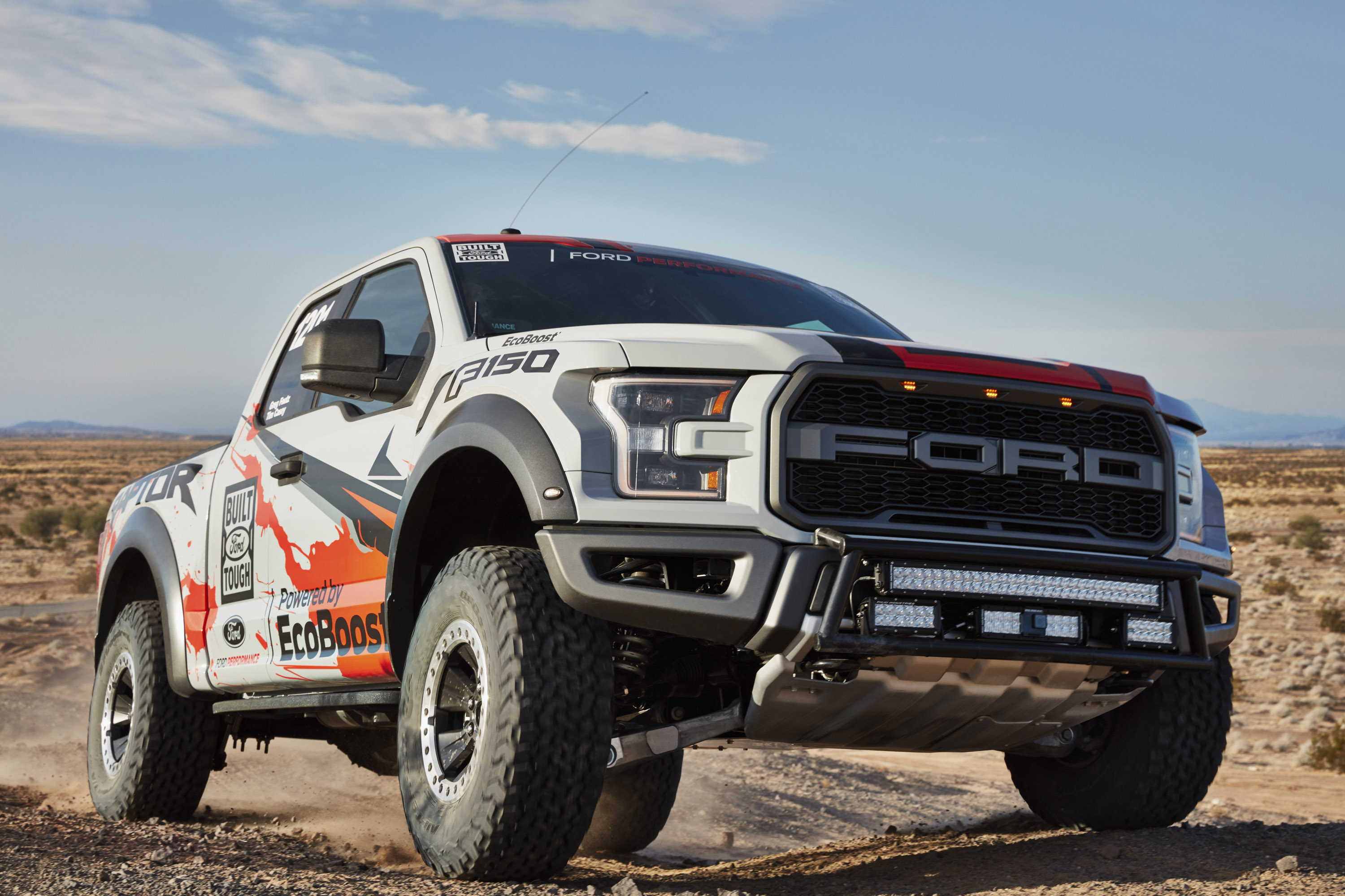 ford upgrades 2016 f 150 raptor. Black Bedroom Furniture Sets. Home Design Ideas