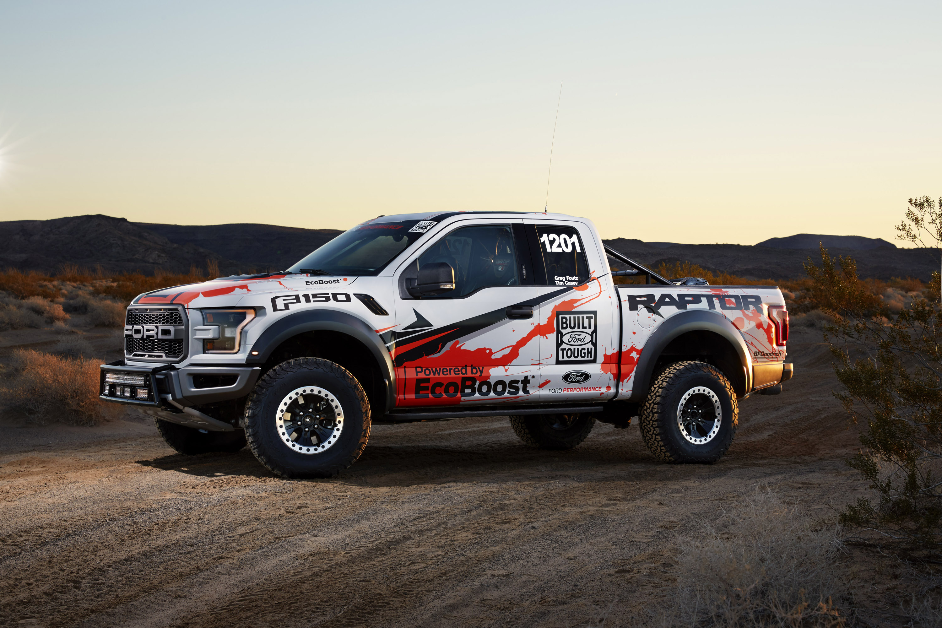 Ford F 250 Raptor >> Ford F-150 Raptor is ready for the off-road challenges