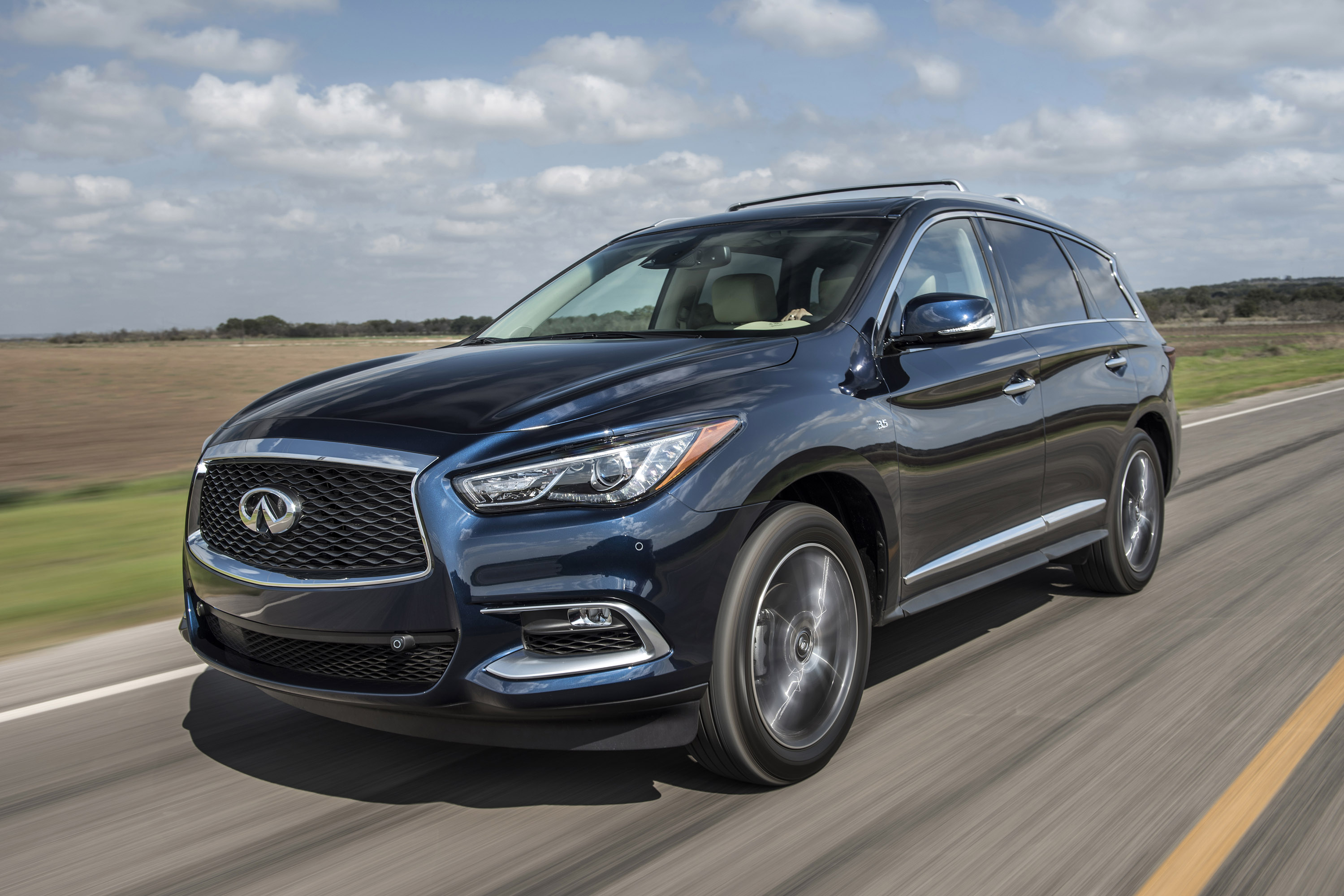 2016 infiniti qx60 pricing announced. Black Bedroom Furniture Sets. Home Design Ideas