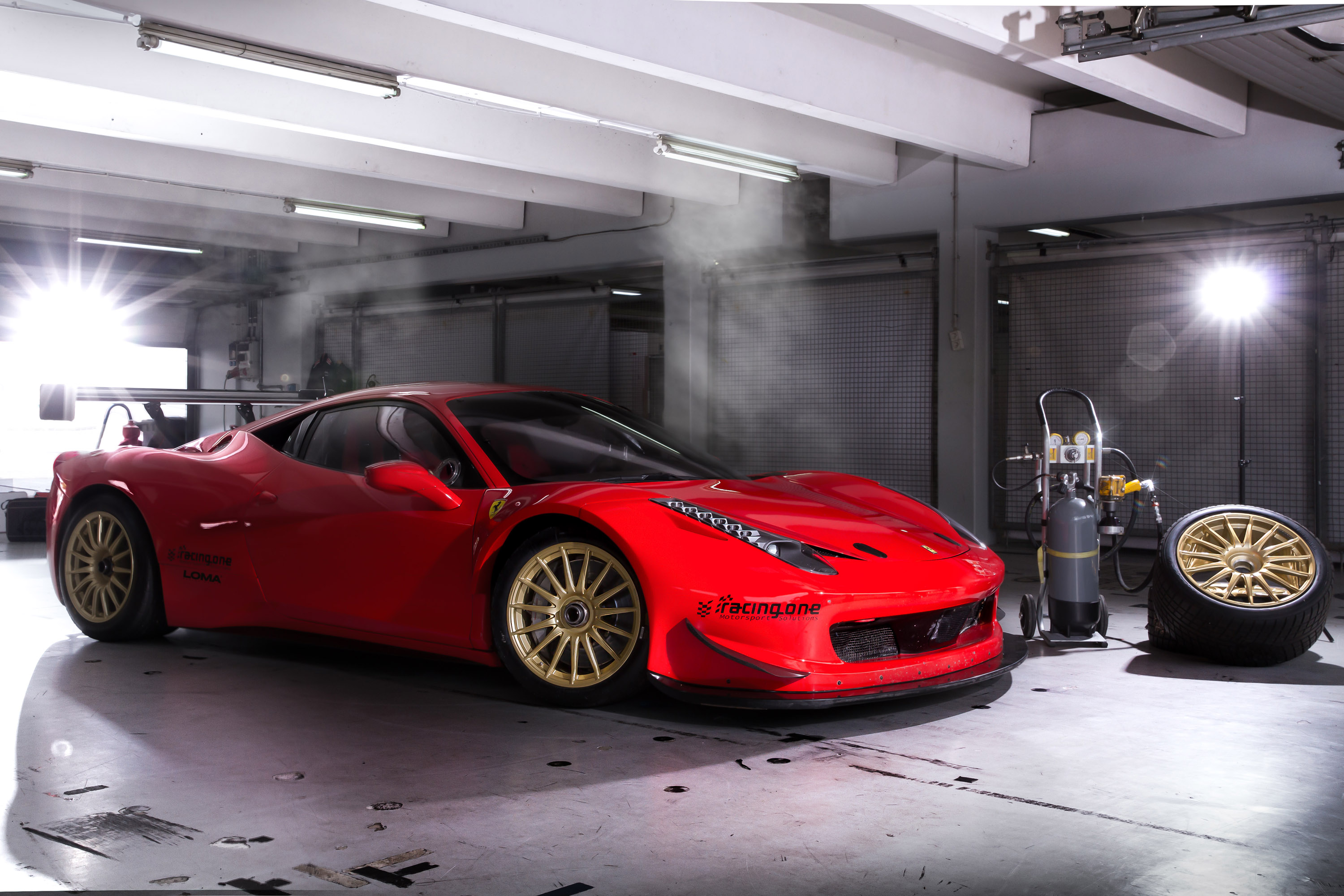 Loma Releases Gt Competition Wheels For Ferrari 458 Italia