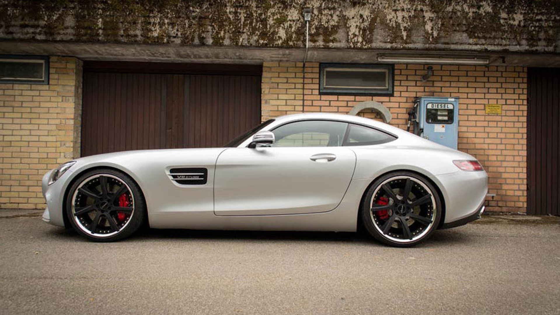 Lorinser refines the mercedes benz amg gt s for Mercedes benz lorinser
