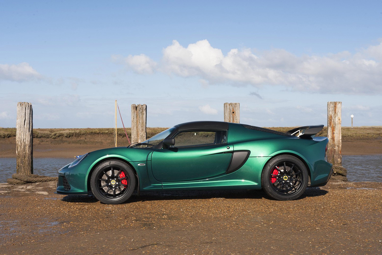 https://www.automobilesreview.com/gallery/2016-lotus-exige-sport-350/2016-lotus-exige-sport-350-04.jpg