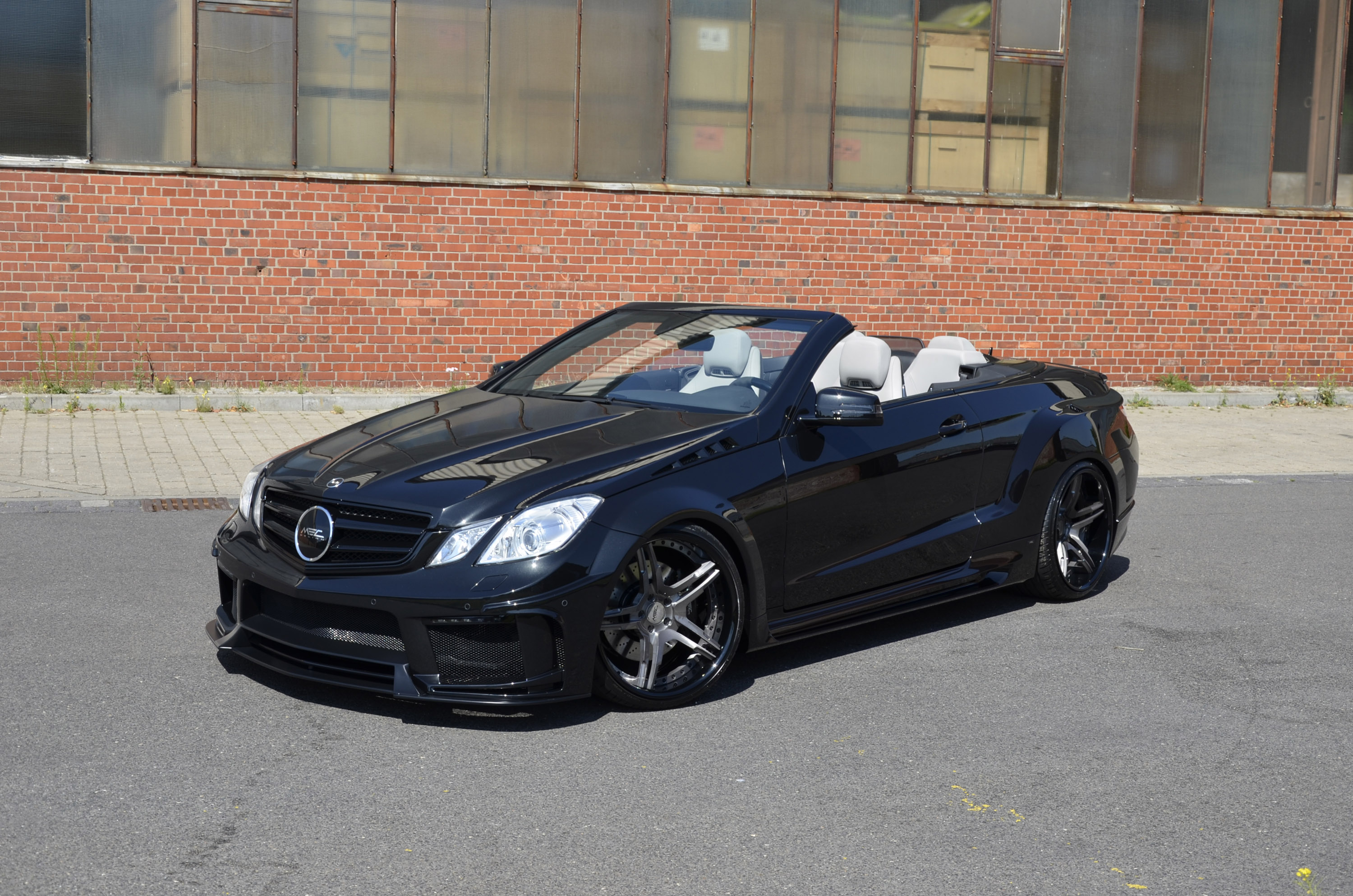 Mercedes benz e class cabriolet by mec design is back for Mercedes benz e350 coupe convertible