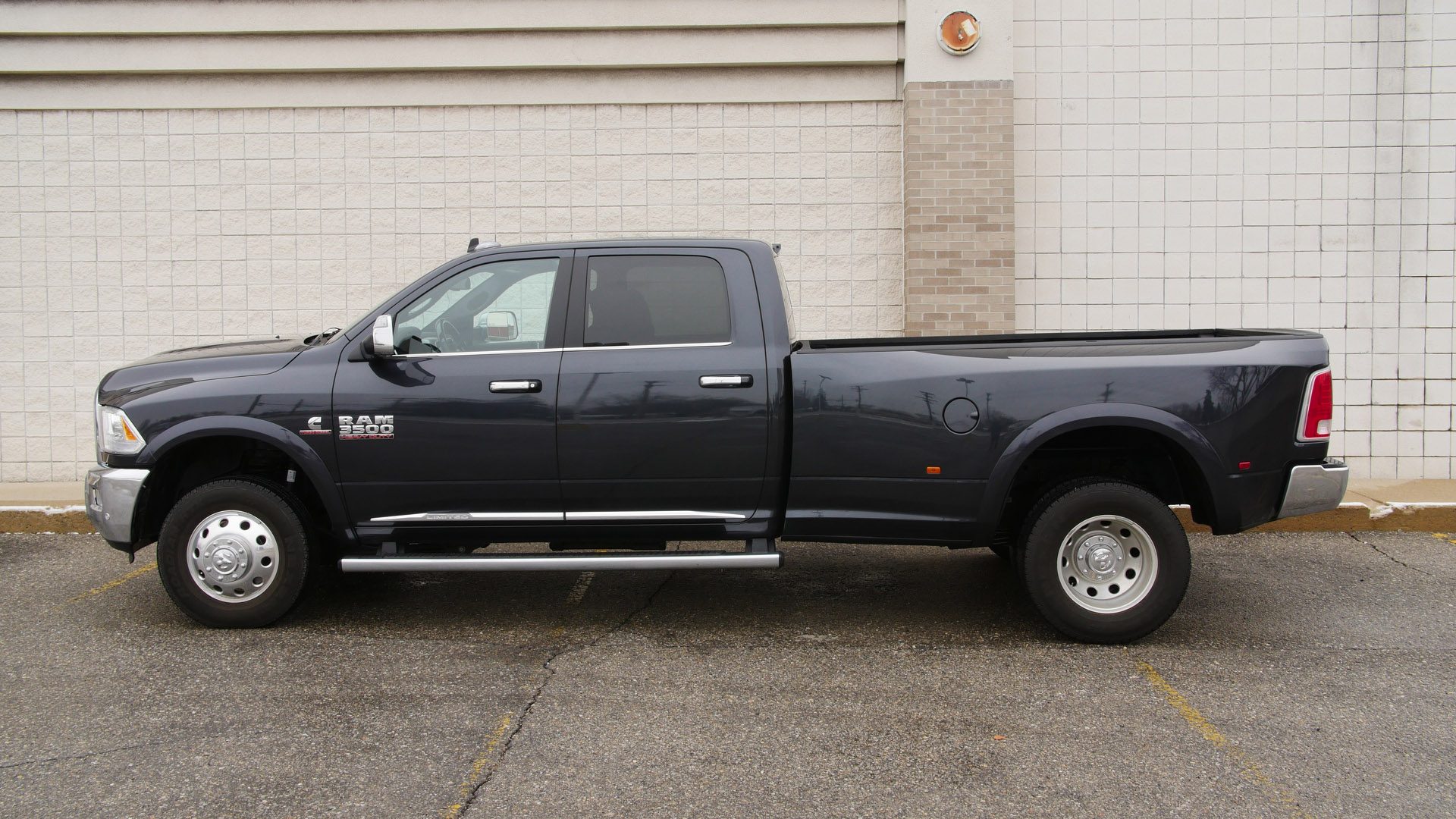2016 Ram 3500 Limited: Looking Better than Ever