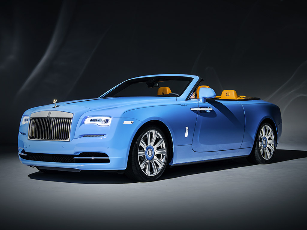 rolls royce dawn cabriolet comes in beautiful bespoke blue. Black Bedroom Furniture Sets. Home Design Ideas