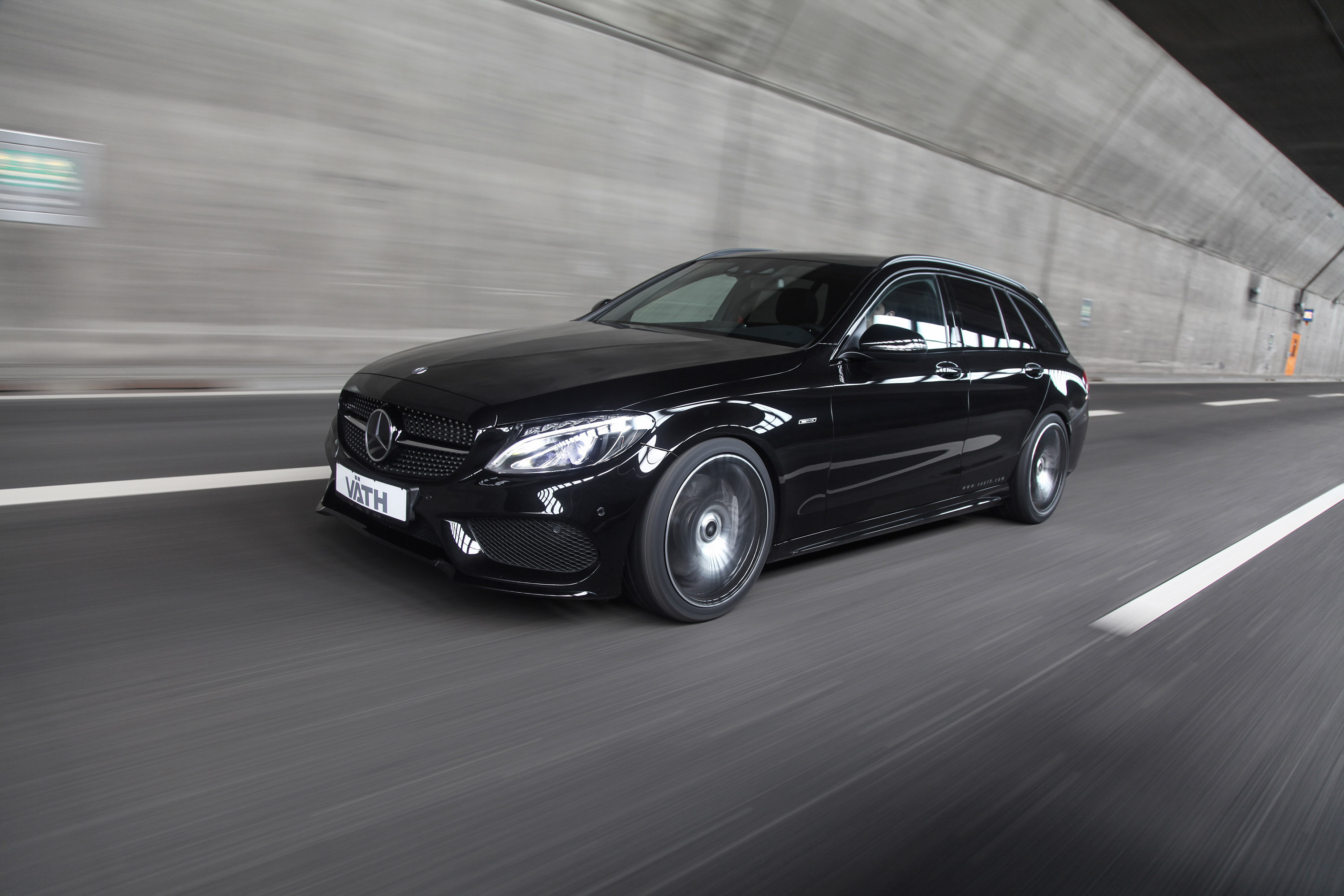 V th releases mercedes benz c450 amg 4matic for 2016 mercedes benz c450 amg 4matic
