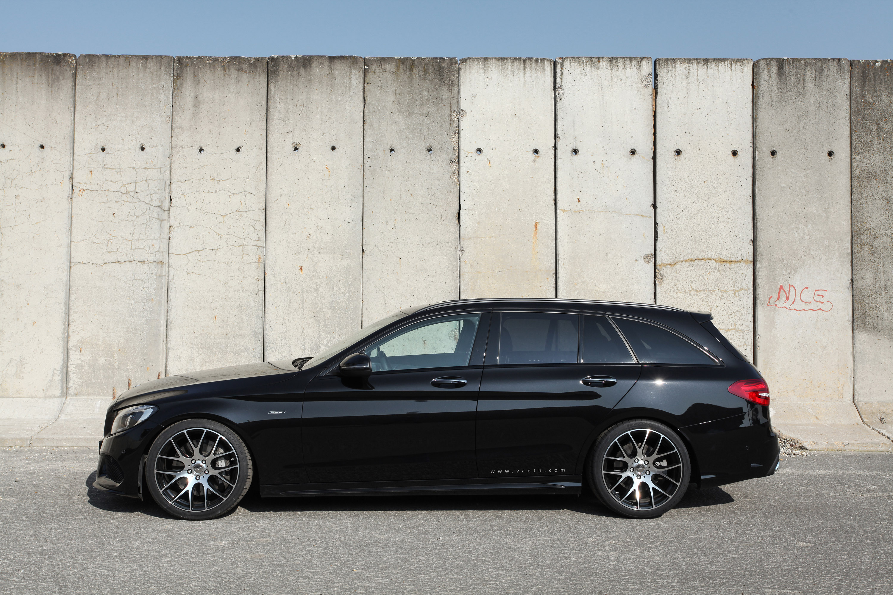 V th releases mercedes benz c450 amg 4matic for Mercedes benz c450