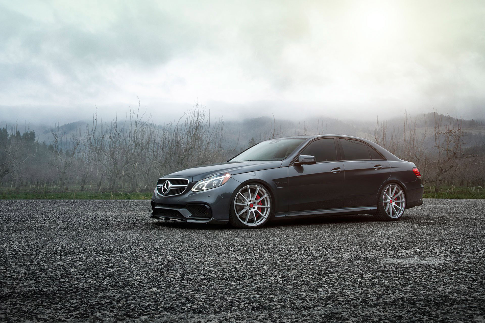 Vorsteiner mercedes benz e63 amg with aero kit for Mercedes benz amg kit
