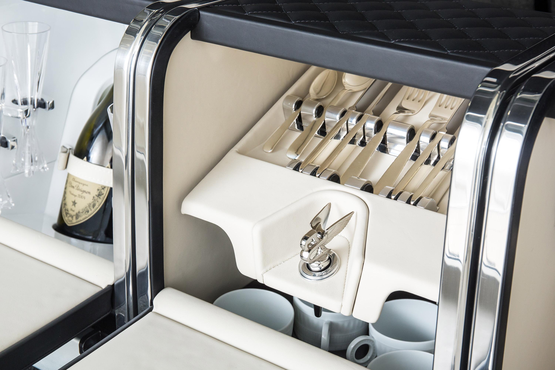 2017 Bentley Bentayga 24 Of 32