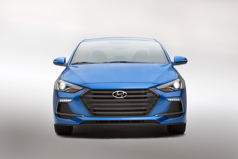 Hyundai Reveals The New Elantra Sport