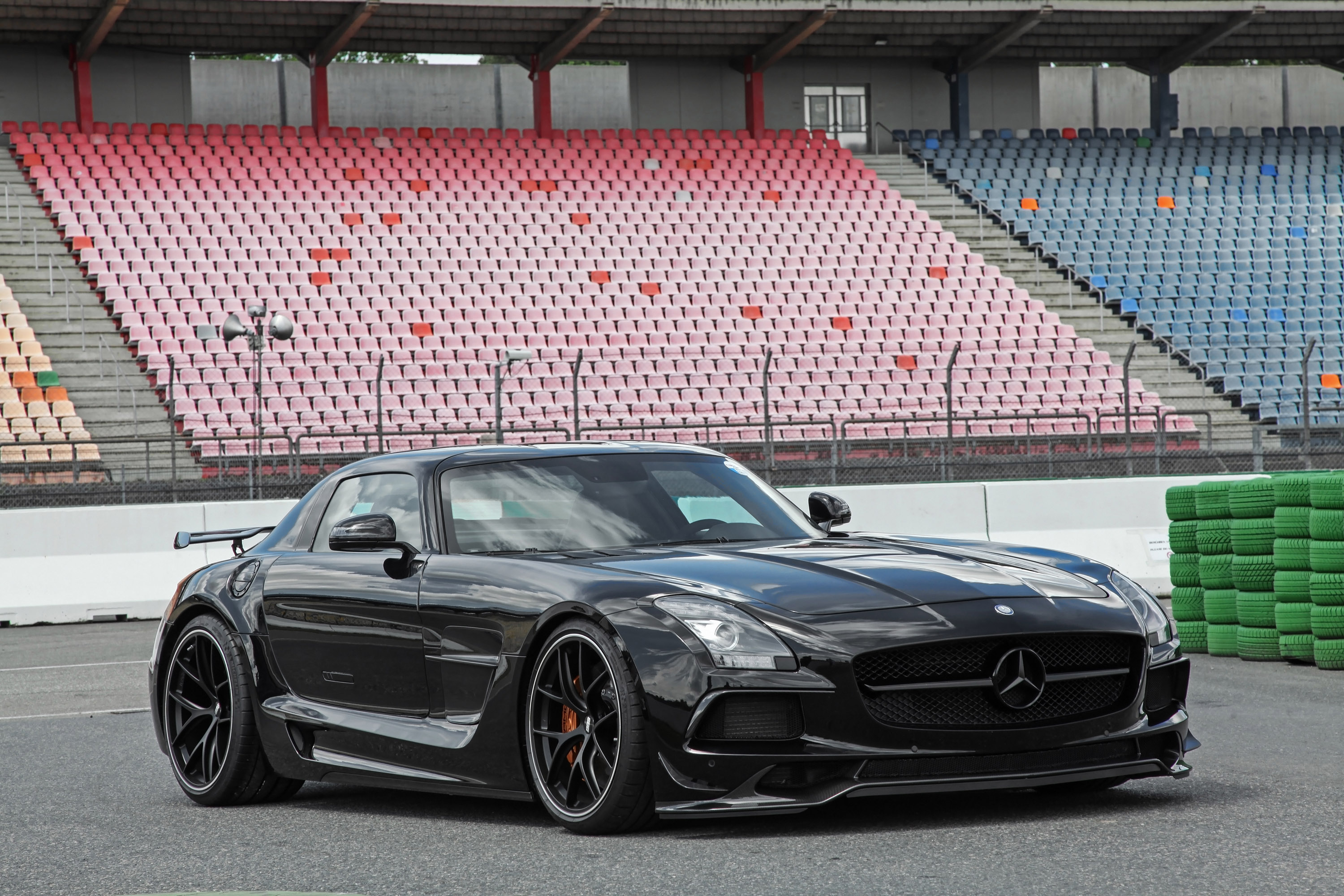 inden desgin upgrades mercedes amg sls machine. Black Bedroom Furniture Sets. Home Design Ideas