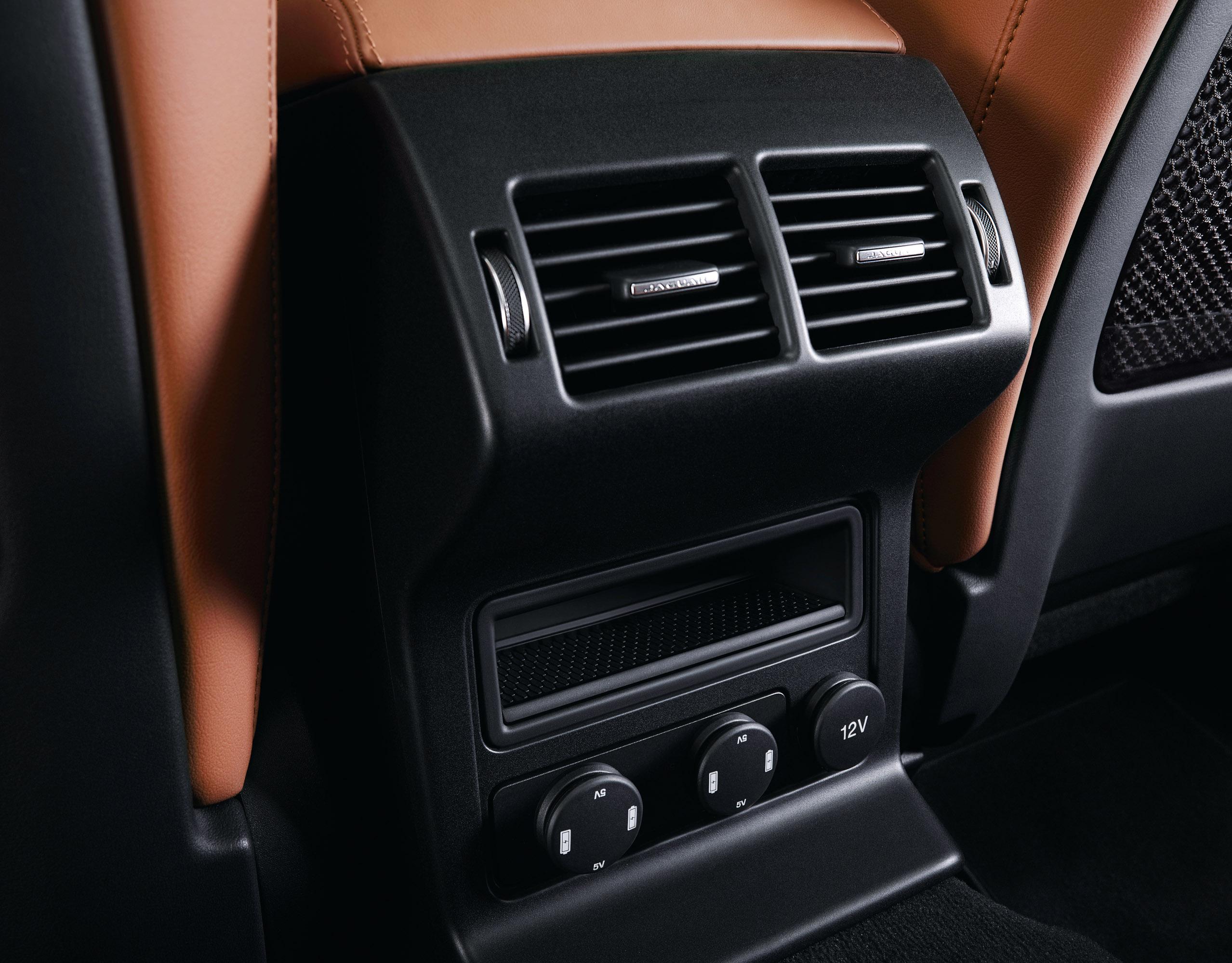 2017 Jaguar F Pace Revealed In Details Suv Interior