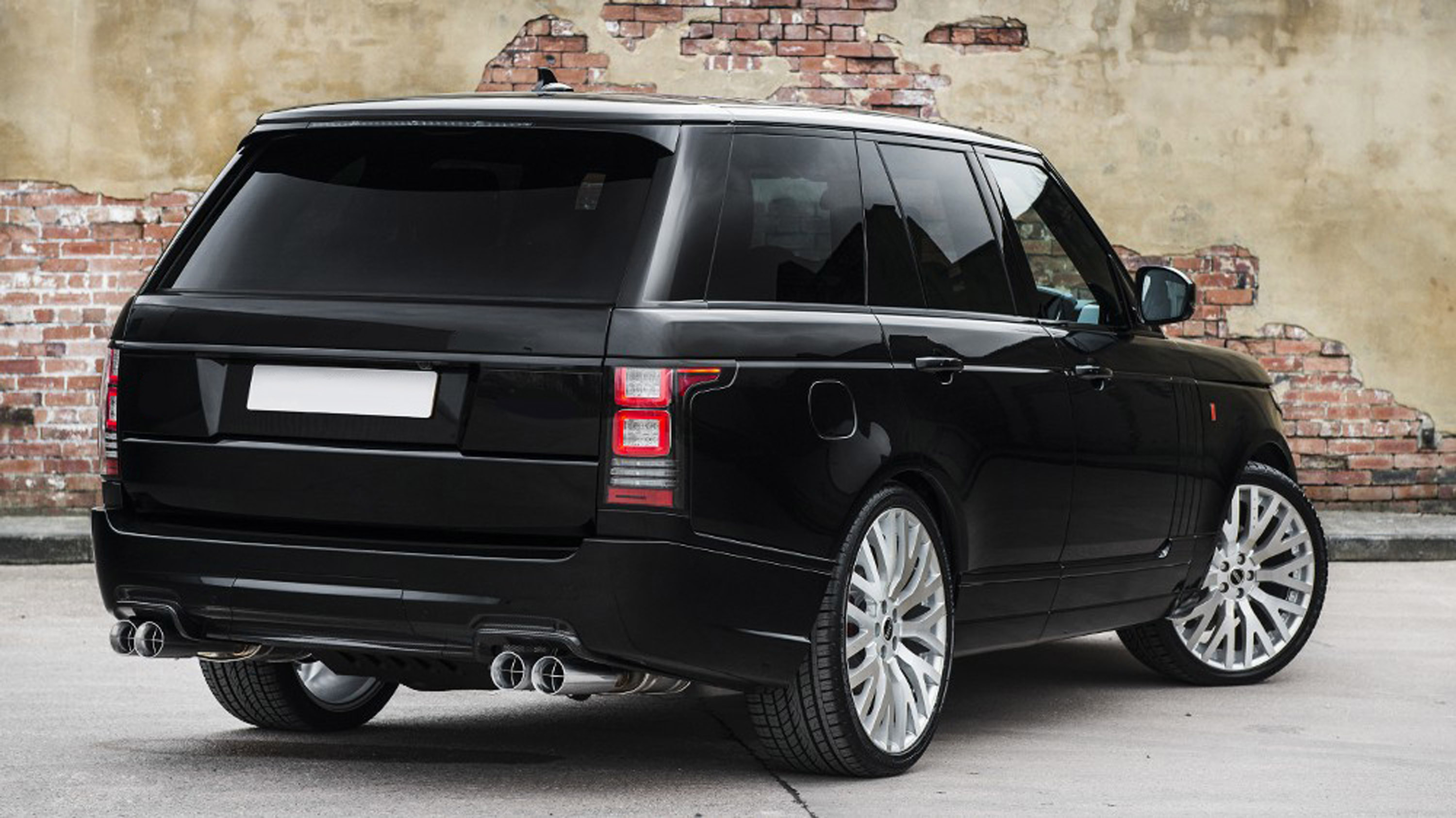 kahn design showcases an unique range rover. Black Bedroom Furniture Sets. Home Design Ideas