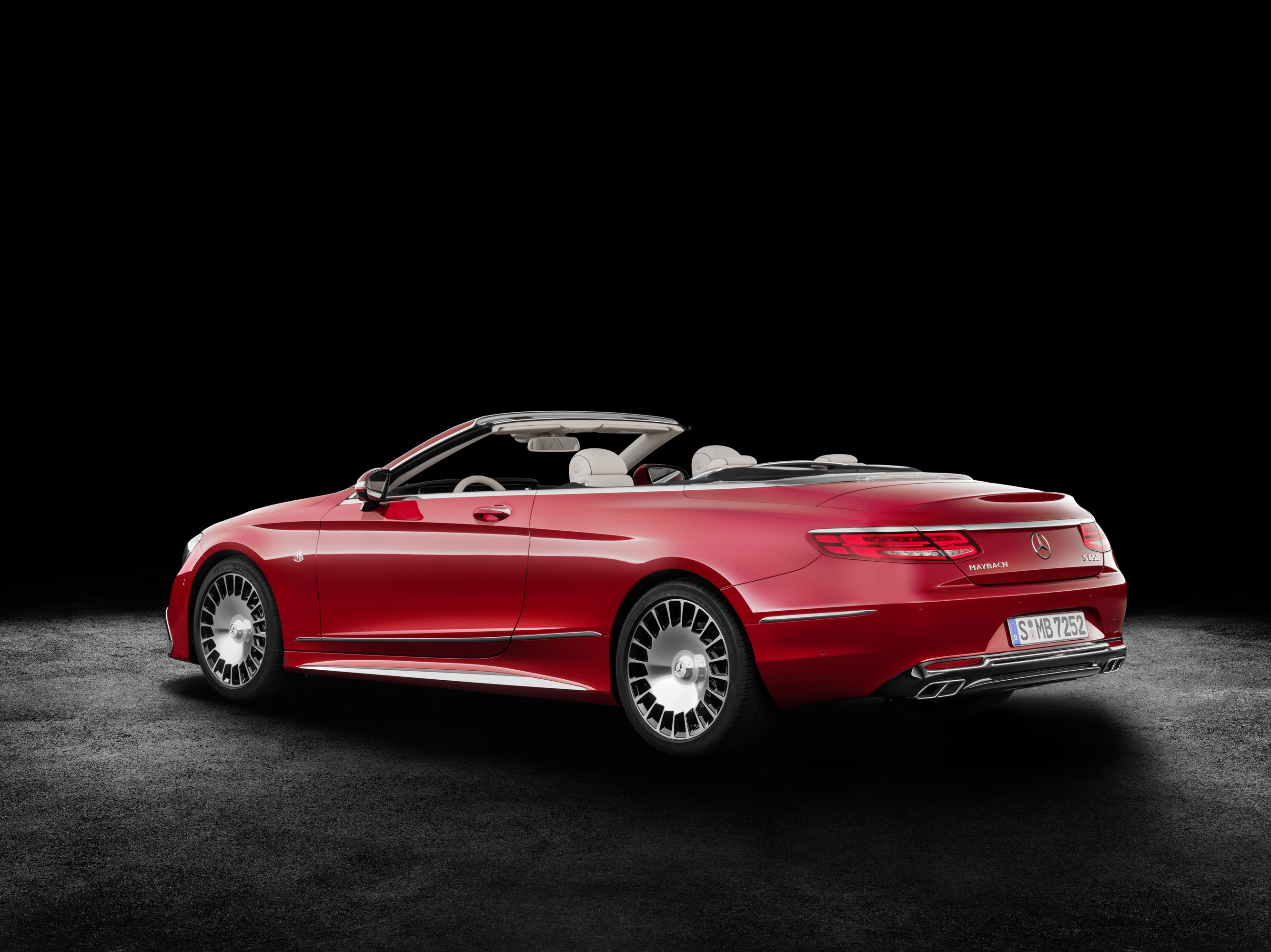 Maybach Reveals S 650 Convertible