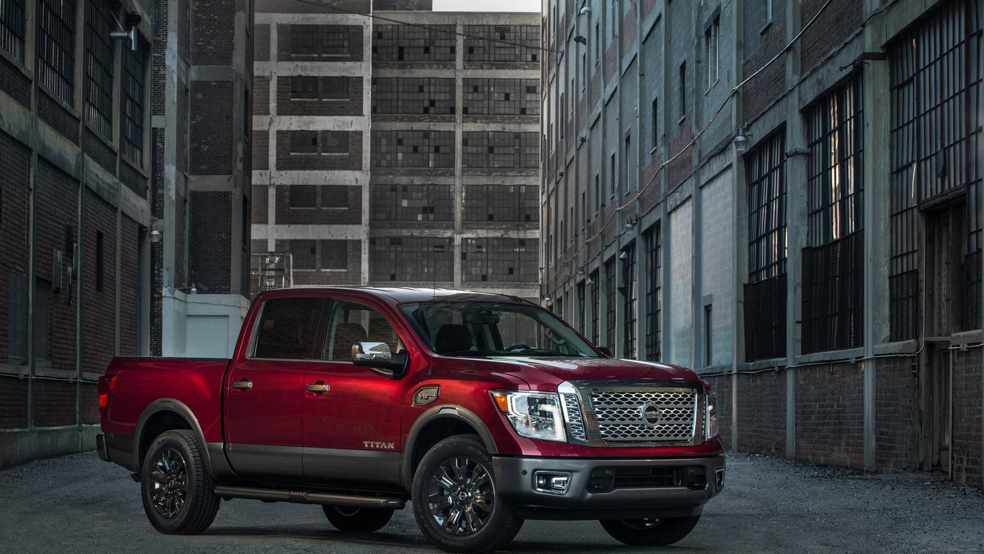 nissan releases pricing of 2017 titan crew cab. Black Bedroom Furniture Sets. Home Design Ideas