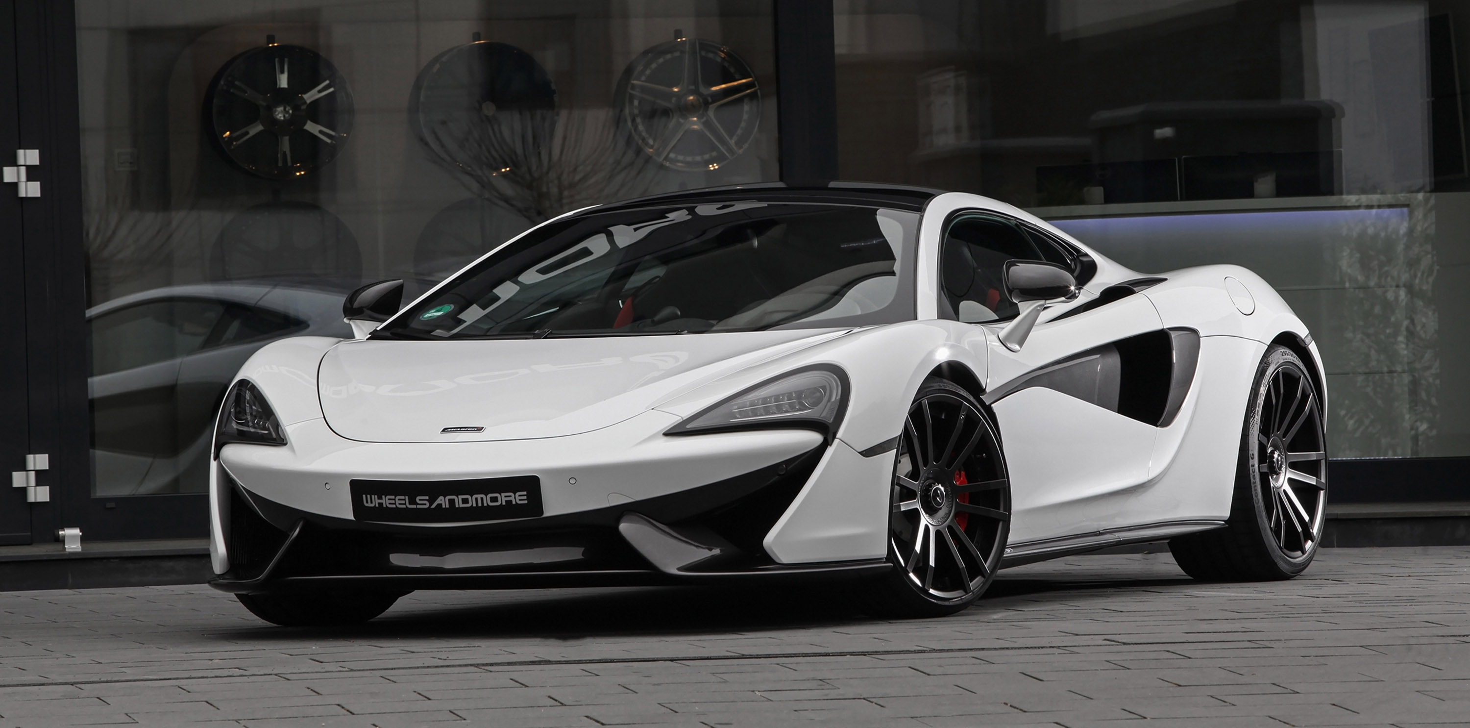 Mclaren P1 Cost >> Wheelsandmore presents the McLaren HORNESSE