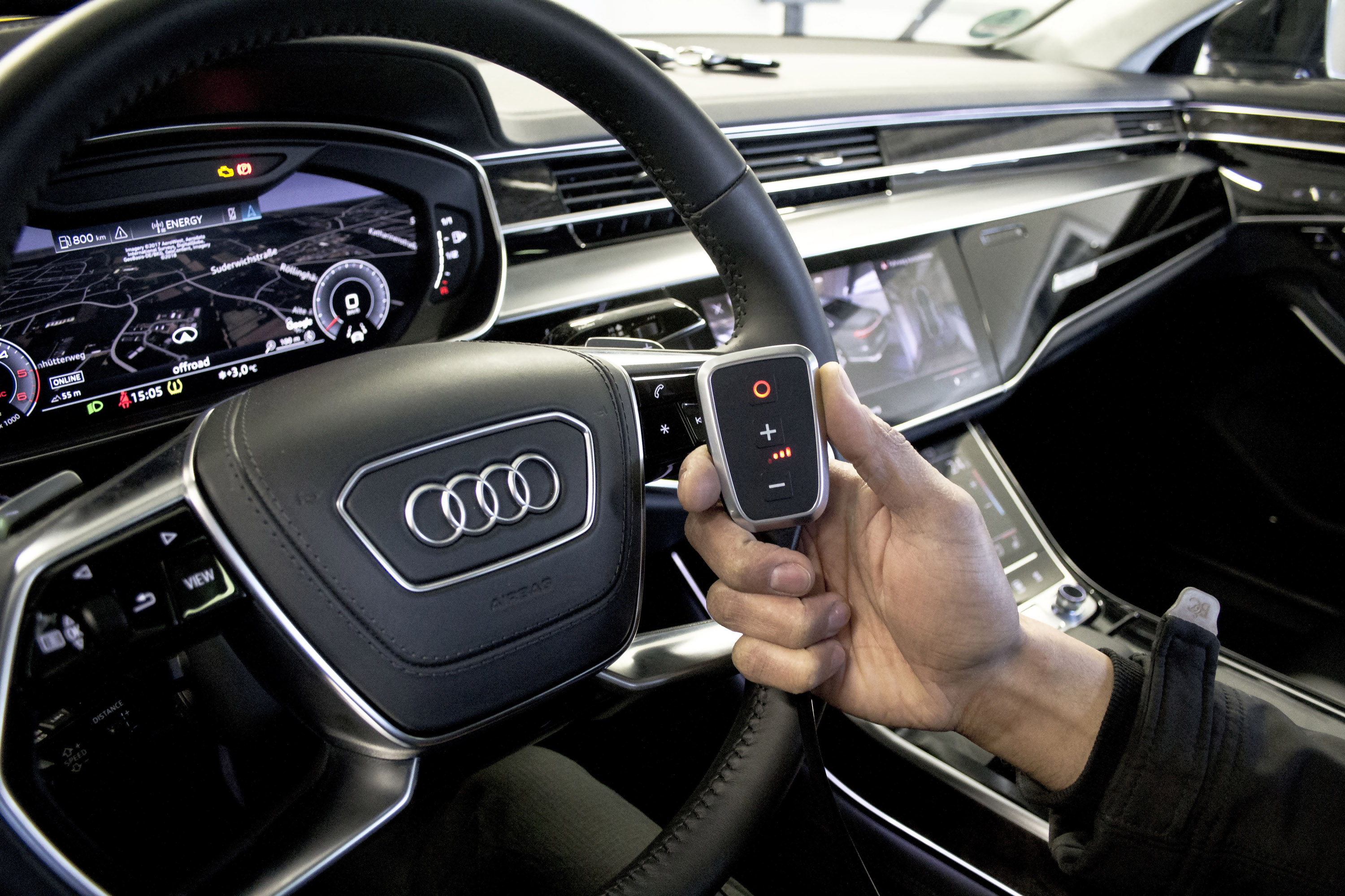 https://www.automobilesreview.com/gallery/2018-dte-systems-audi-a8/2018-dte-systems-audi-a8-05.jpg