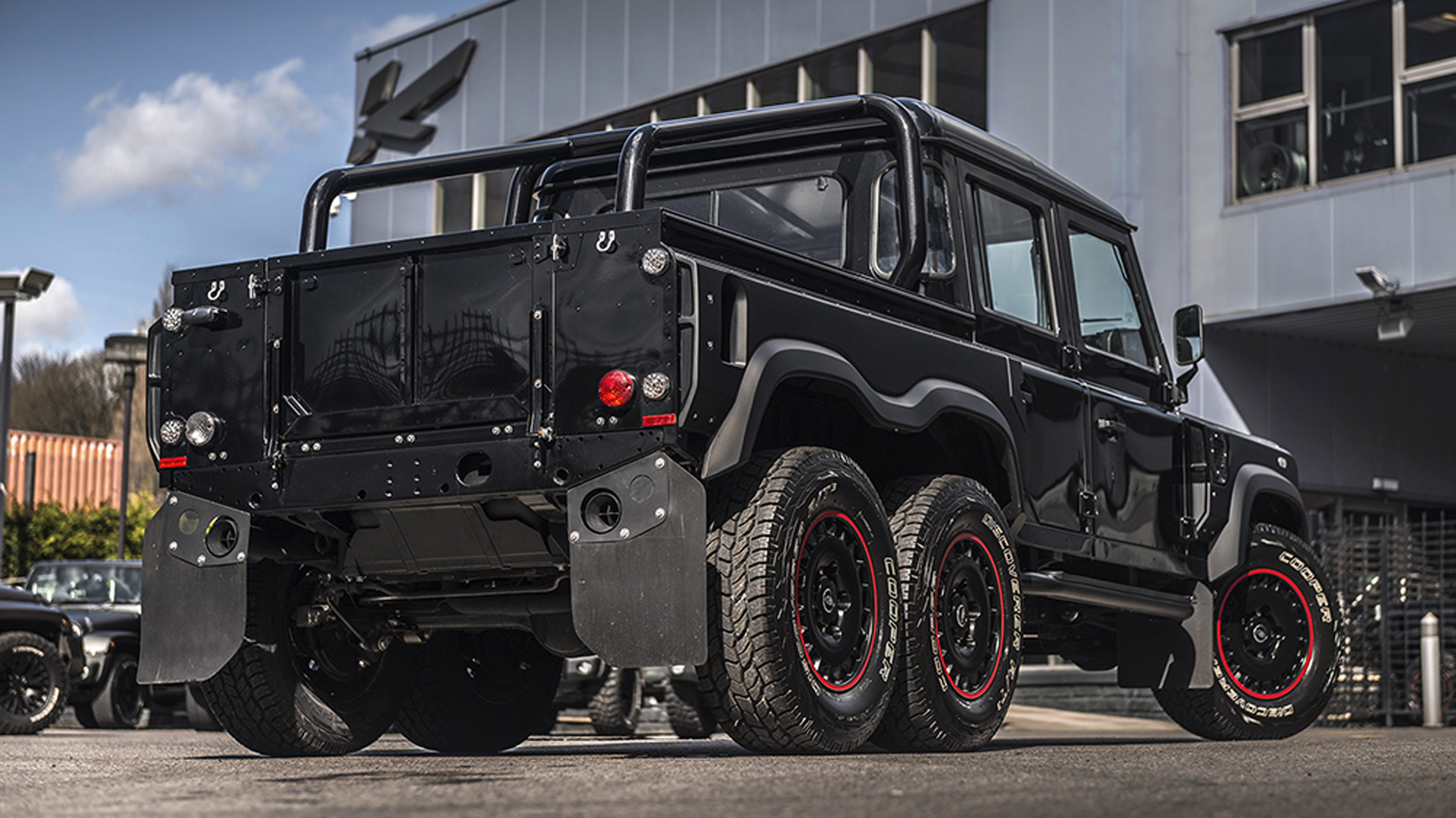 Kahn Design Presents One More Six Wheeler