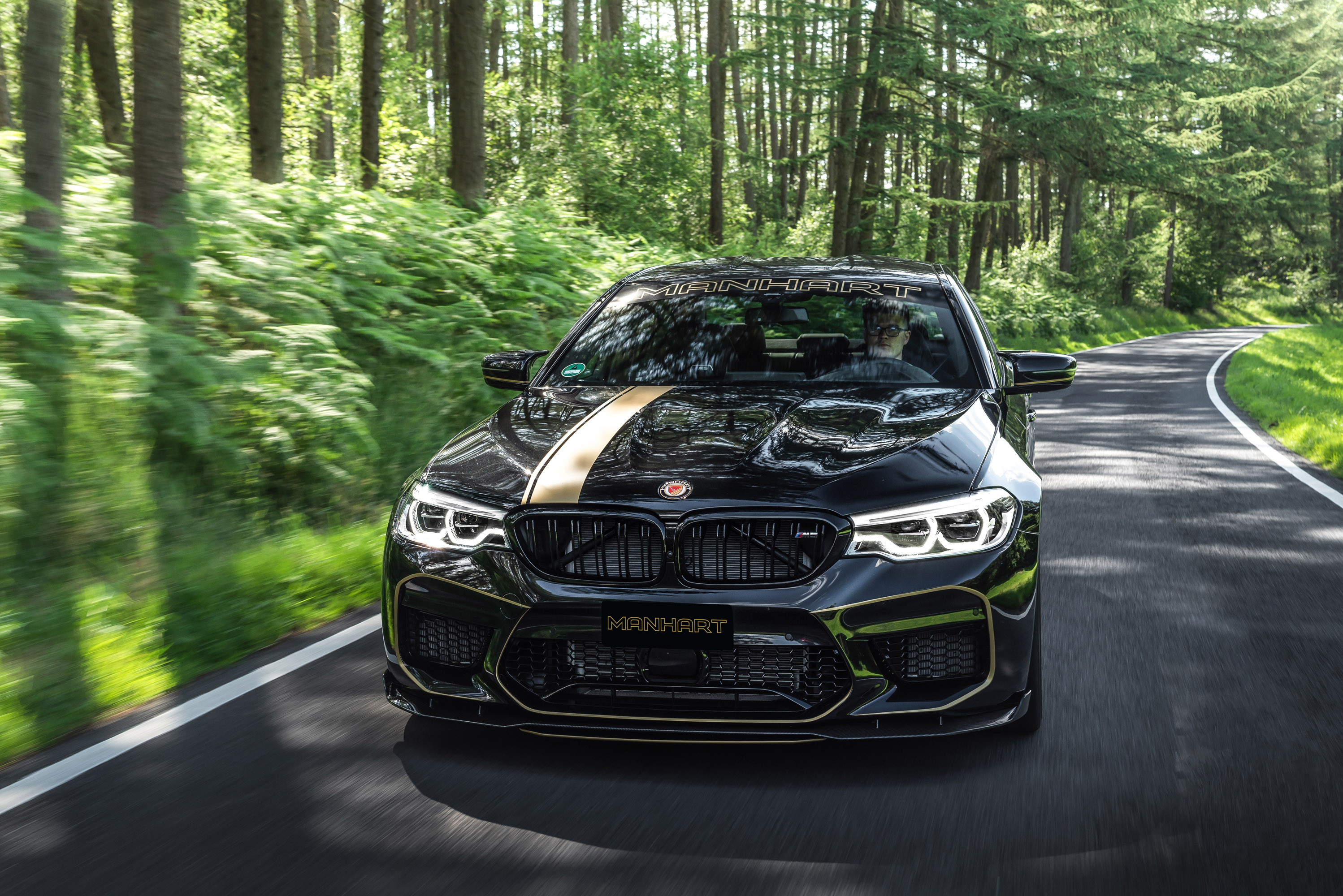 Manhart Tunes A Bmw M5 Unit