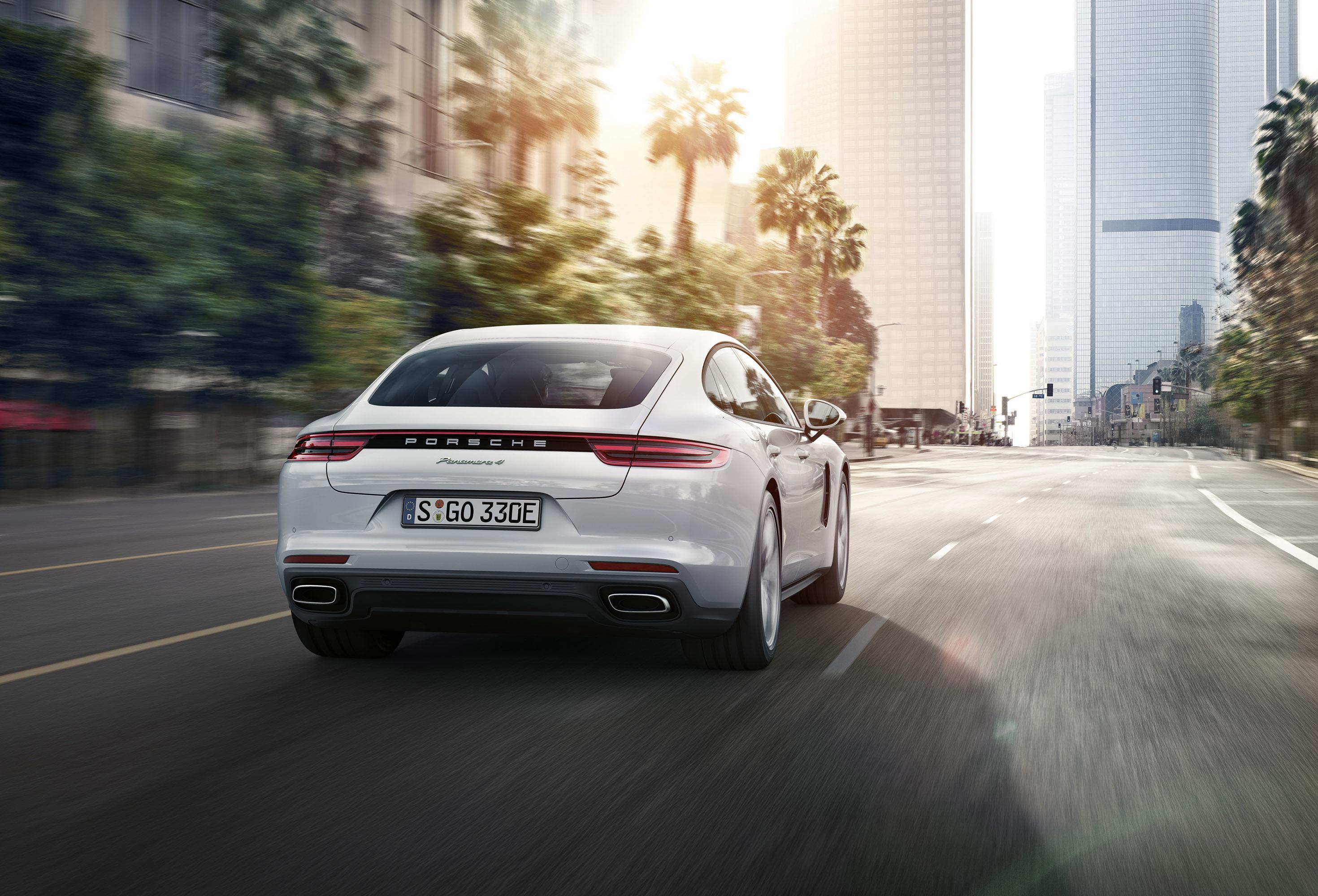 2018 Porsche Panamera 4 E Hybrid Is Revealed A Month Ahead
