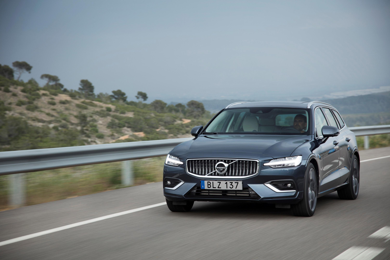 Volvo showcases new V60 model