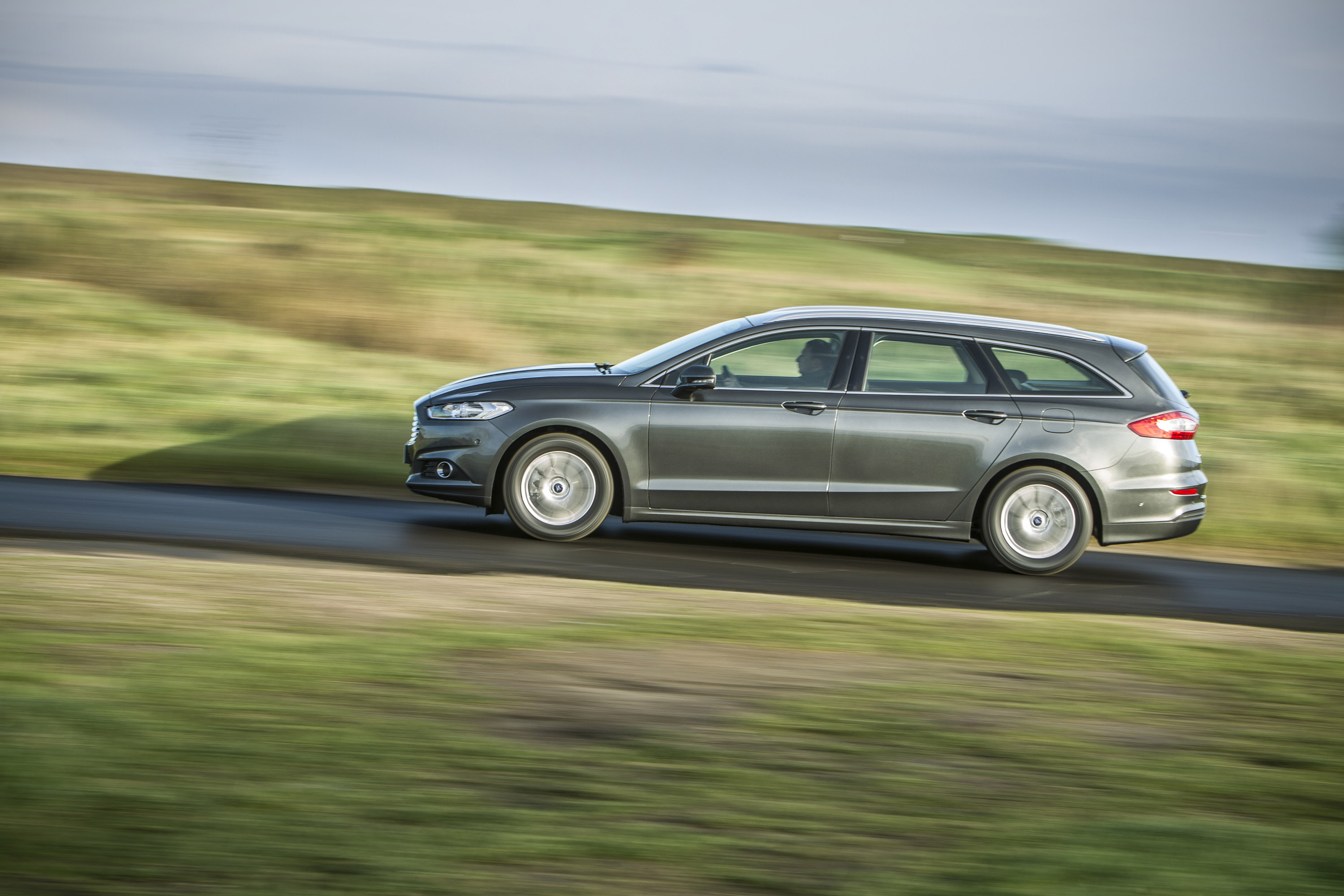 18 Best Hybrid and Electric Cars | U.S. News & World Report