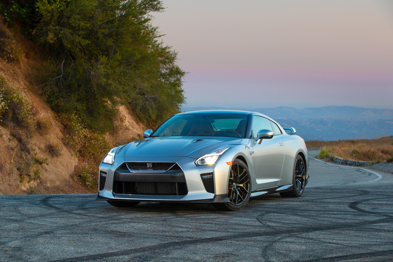 Nissan reveals new 2019 GT-R lineup details