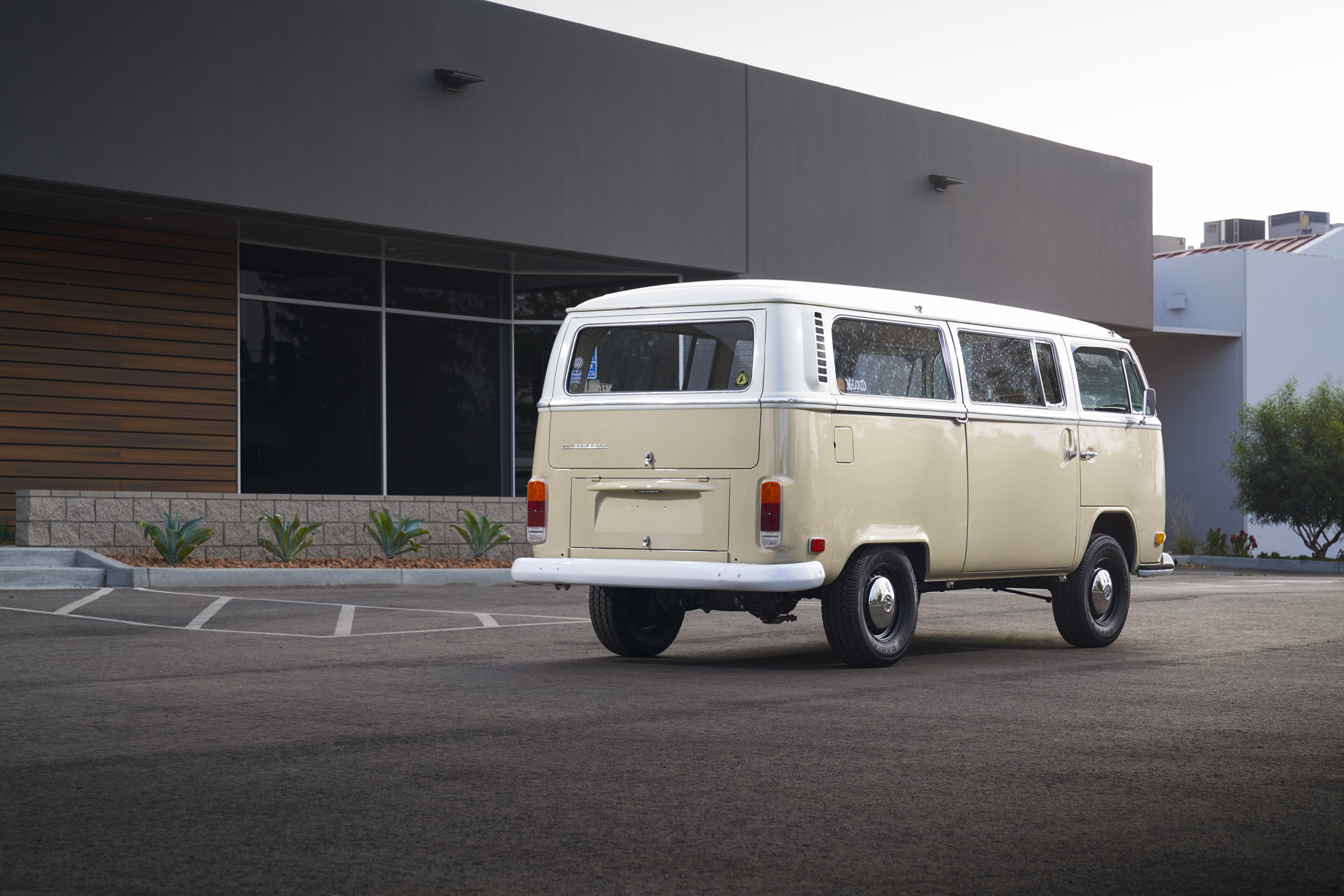 volkswagen unveils an electrified version of the type 2 bus