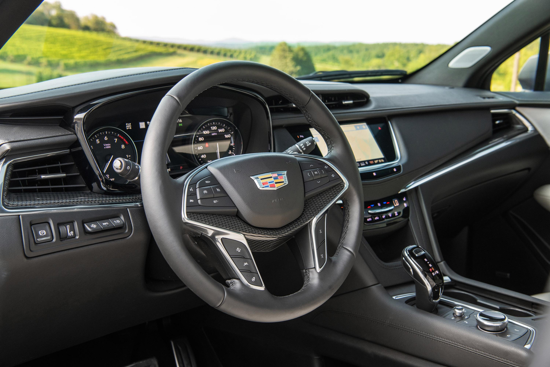Cadillac reveals new 2020 XT5 Premium SUV