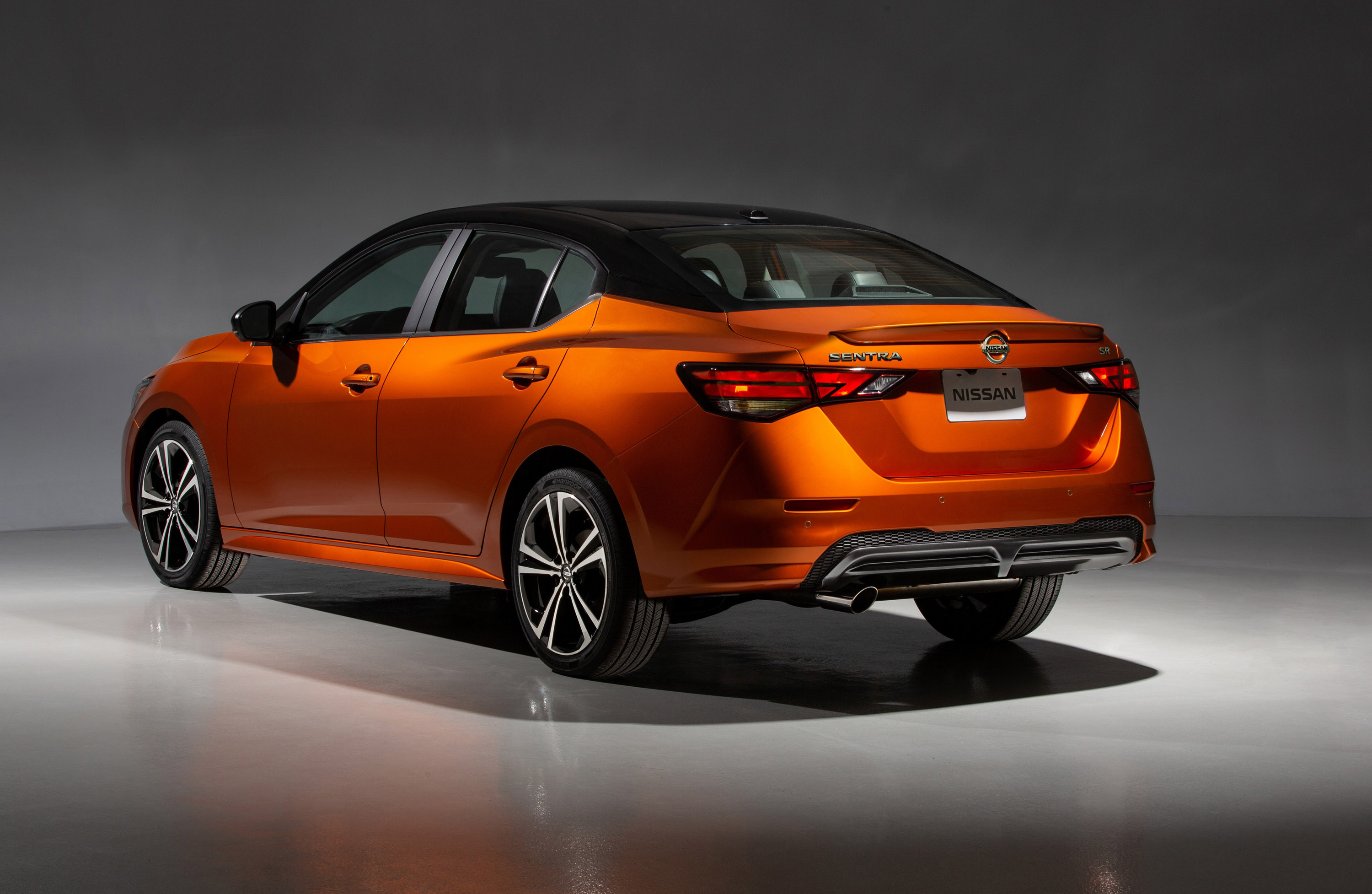 Nisan announces new details about upcoming 2020 Sentra