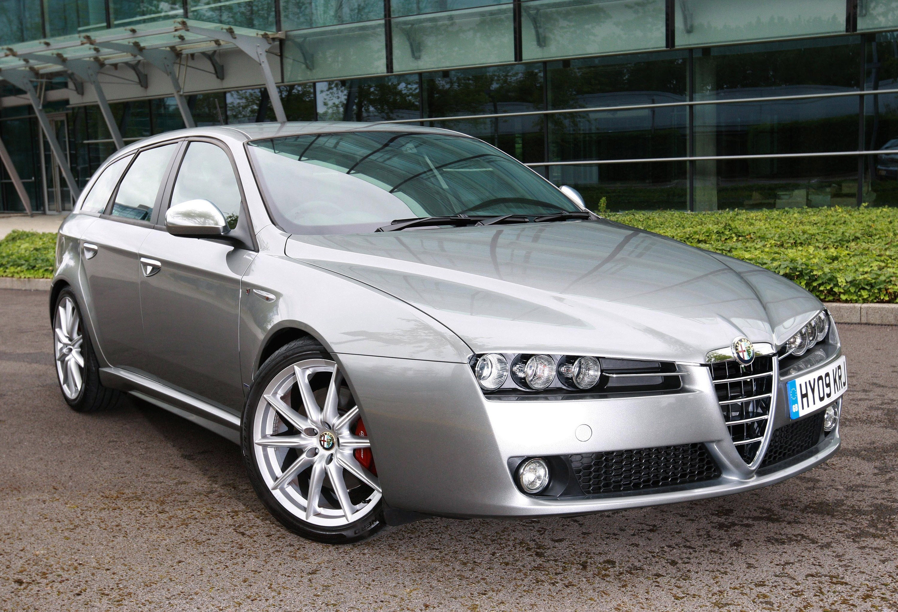 alfa romeo 159 with whole new range of engines. Black Bedroom Furniture Sets. Home Design Ideas