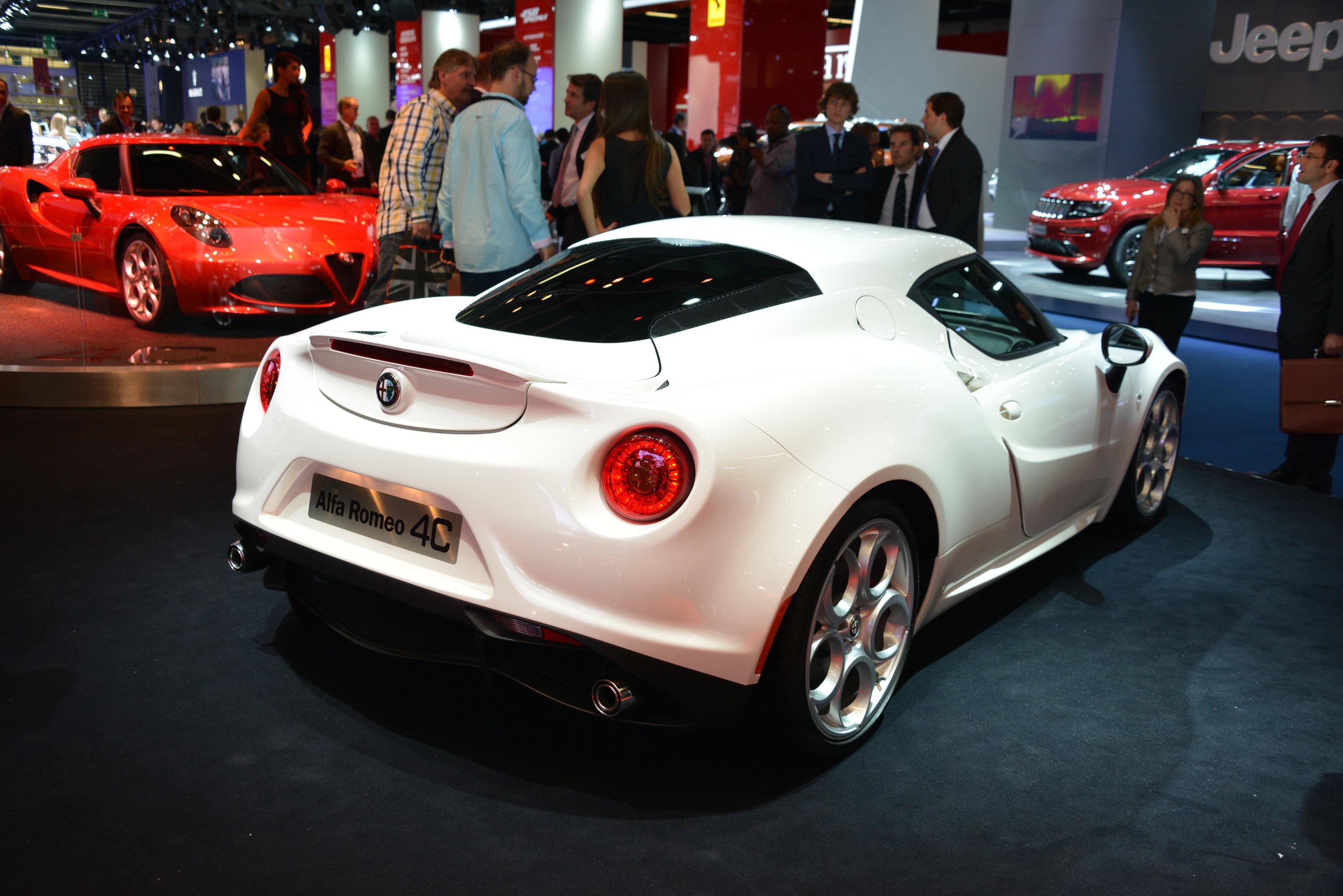 Alfa Romeo 4C Most Beautiful Car of the Year 2013 Says Internet Survey