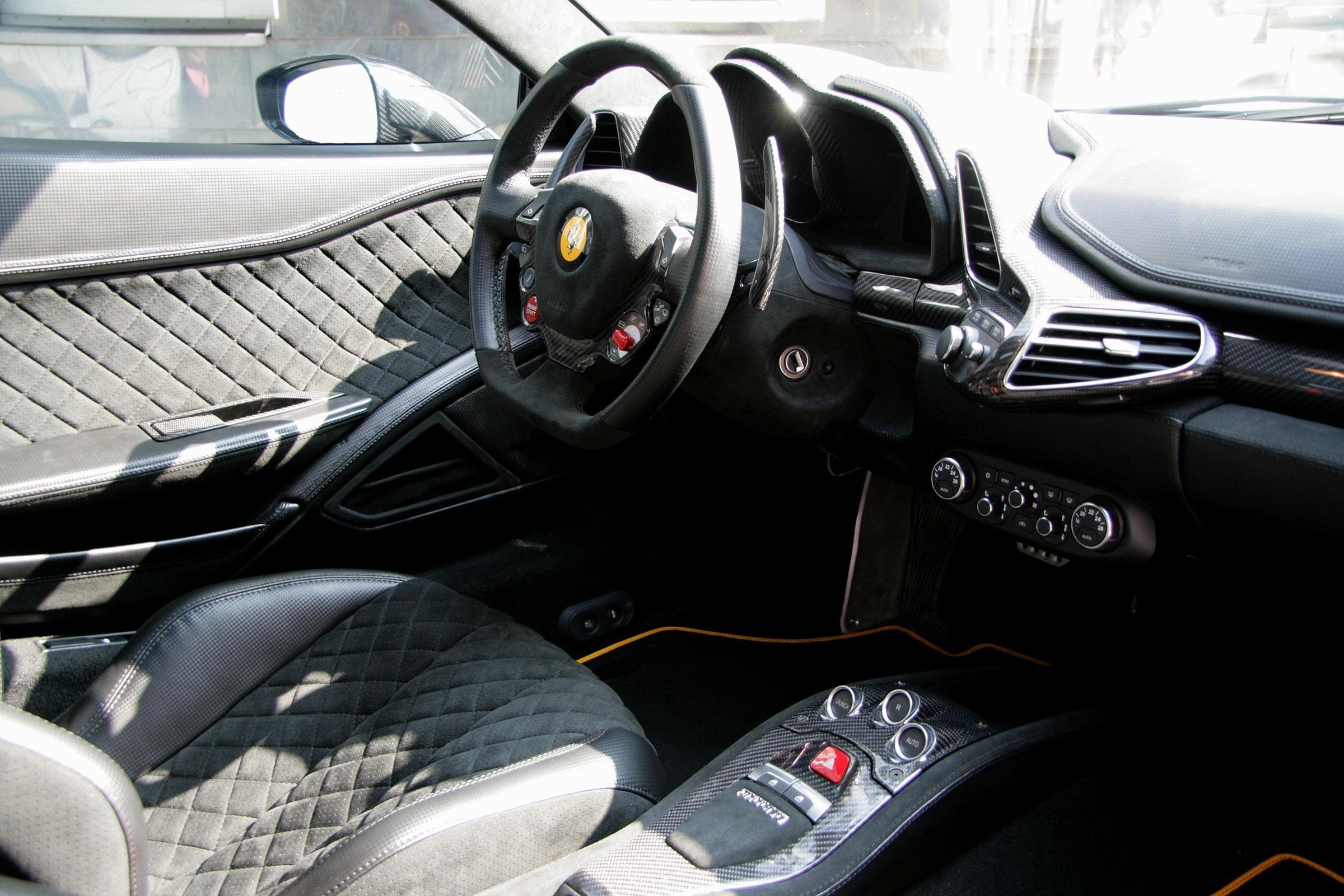 Anderson Germany Ferrari 458 Black Carbon Edition Picture 52064