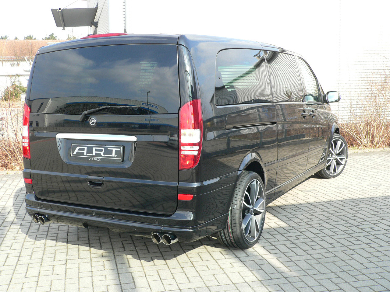 A R T Tuning Beutifies The Mercedes Benz Viano