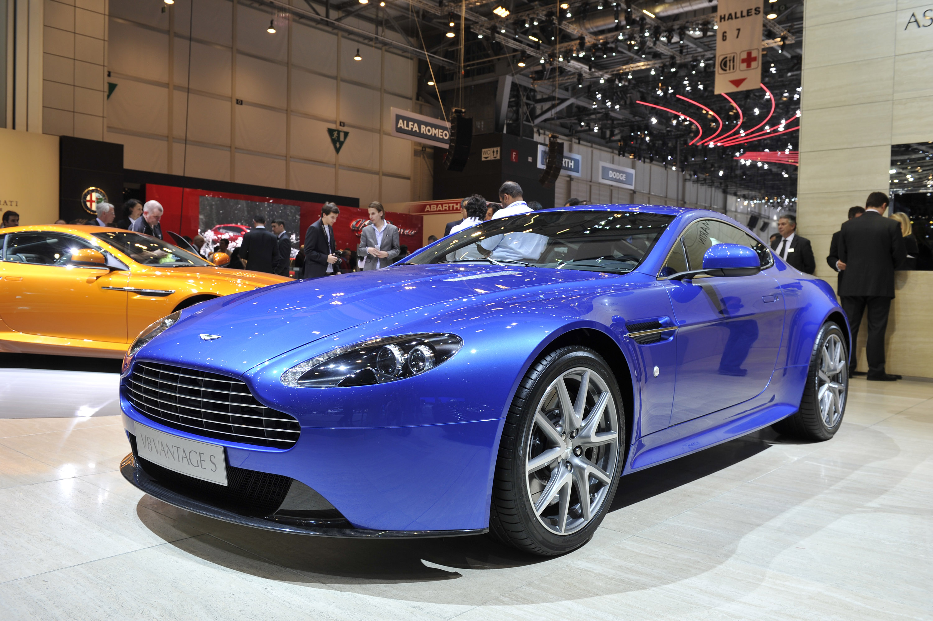 aston martin v8 vantage s review video. Black Bedroom Furniture Sets. Home Design Ideas