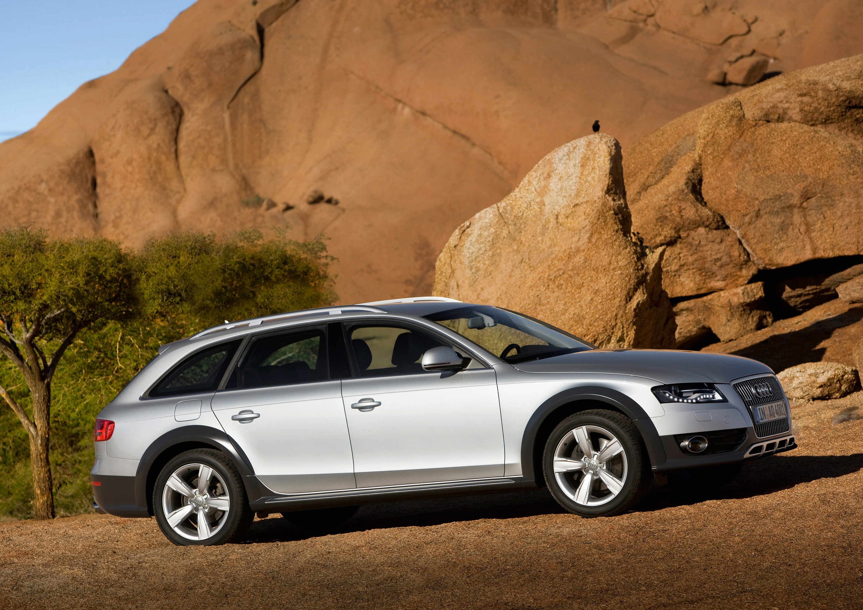 audi a4 allroad quattro. Black Bedroom Furniture Sets. Home Design Ideas