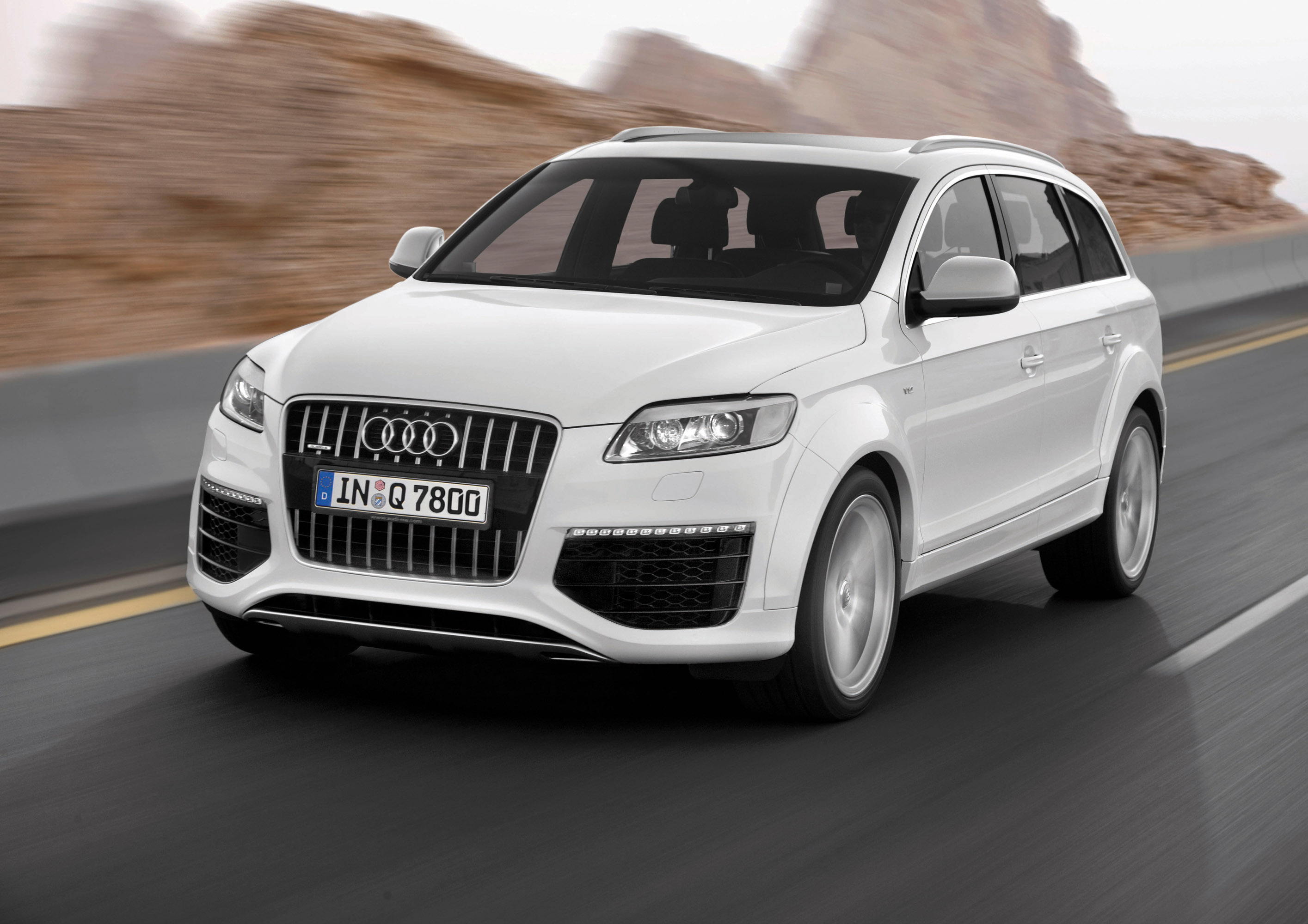 audi q7 a3 earn top honors in strategic vision total. Black Bedroom Furniture Sets. Home Design Ideas